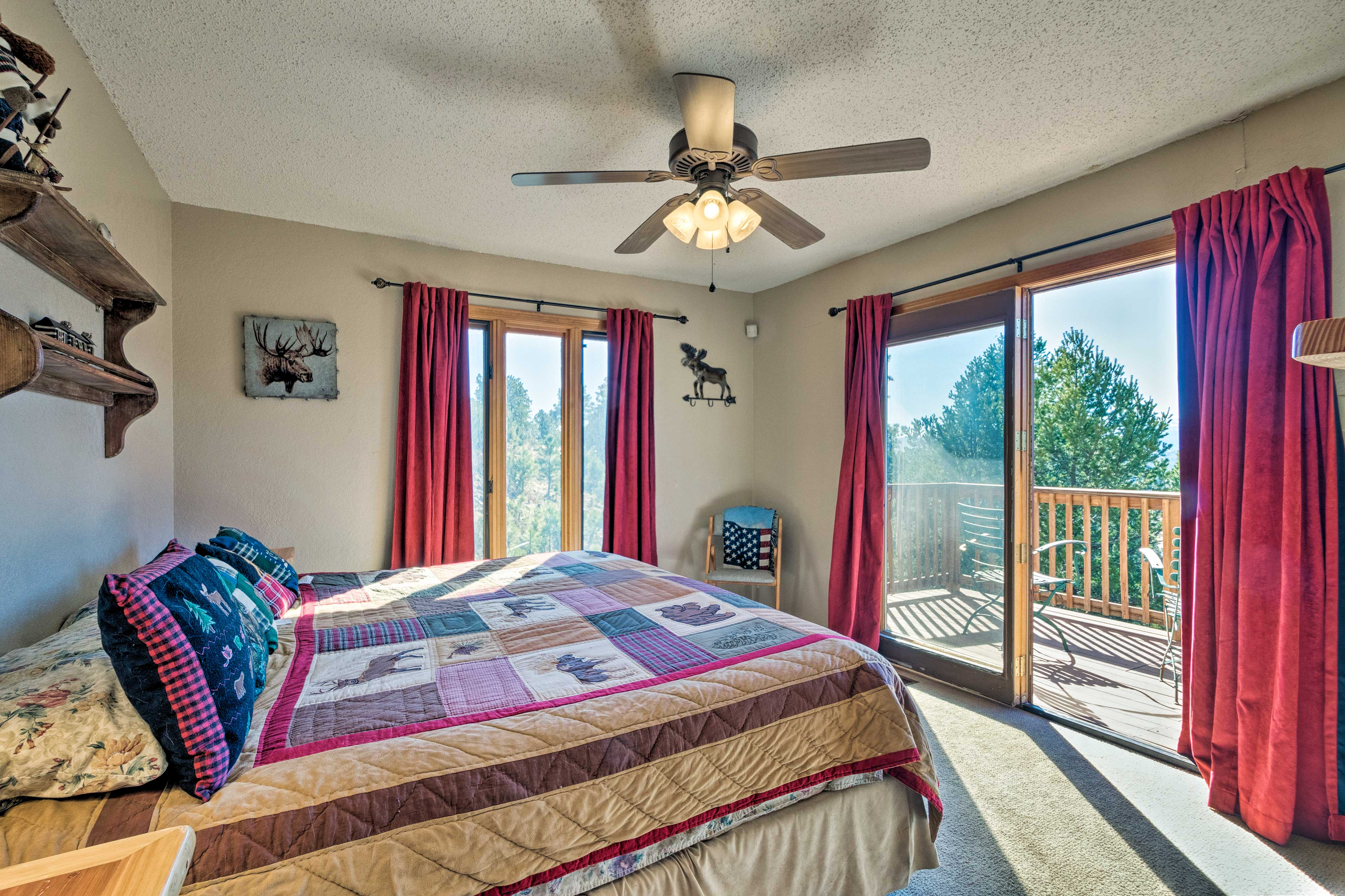 Sip your coffee on the balcony as you bask in the fresh mountain air.
