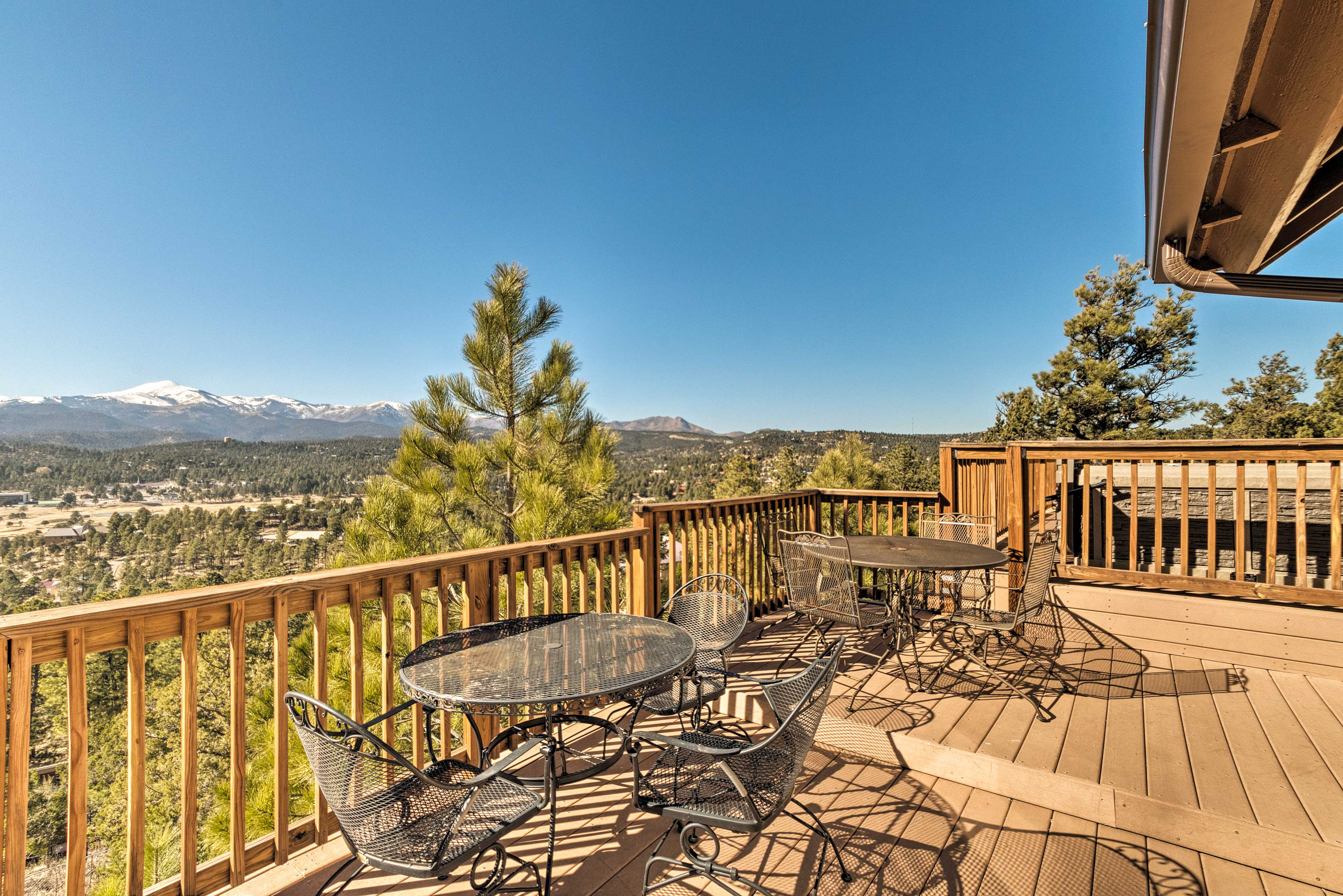 Escape to stay in the New Mexico mountains at this Ruidoso vacation rental home!