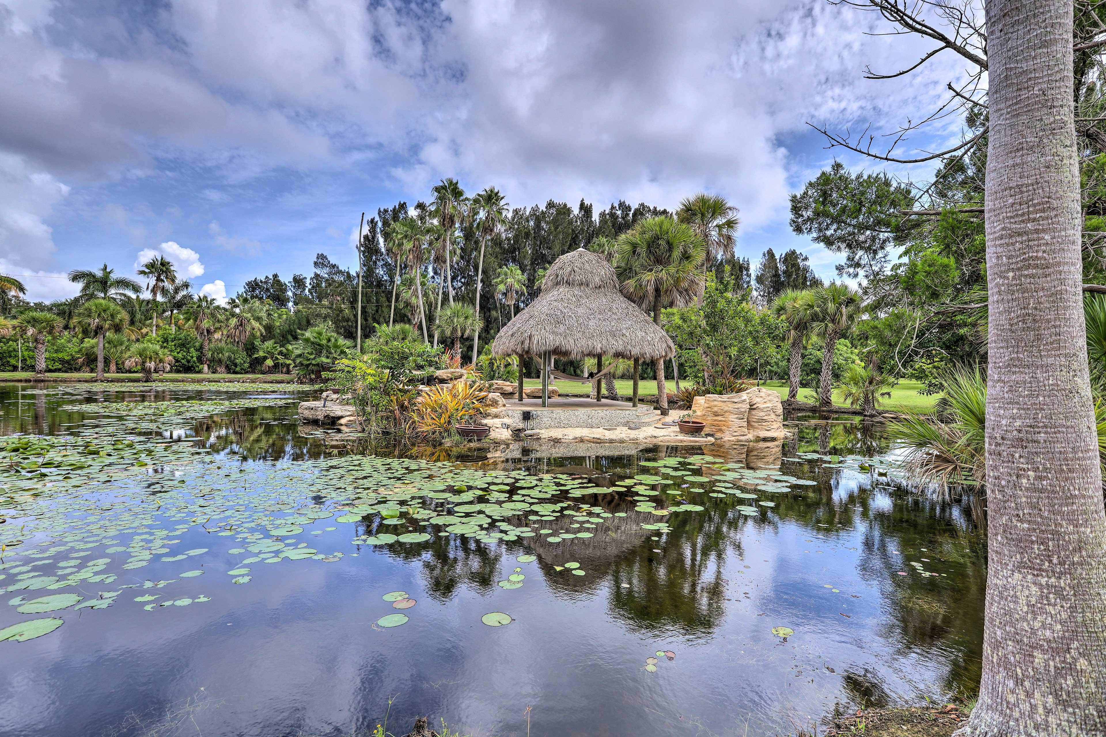Shared Community Amenities | Pond