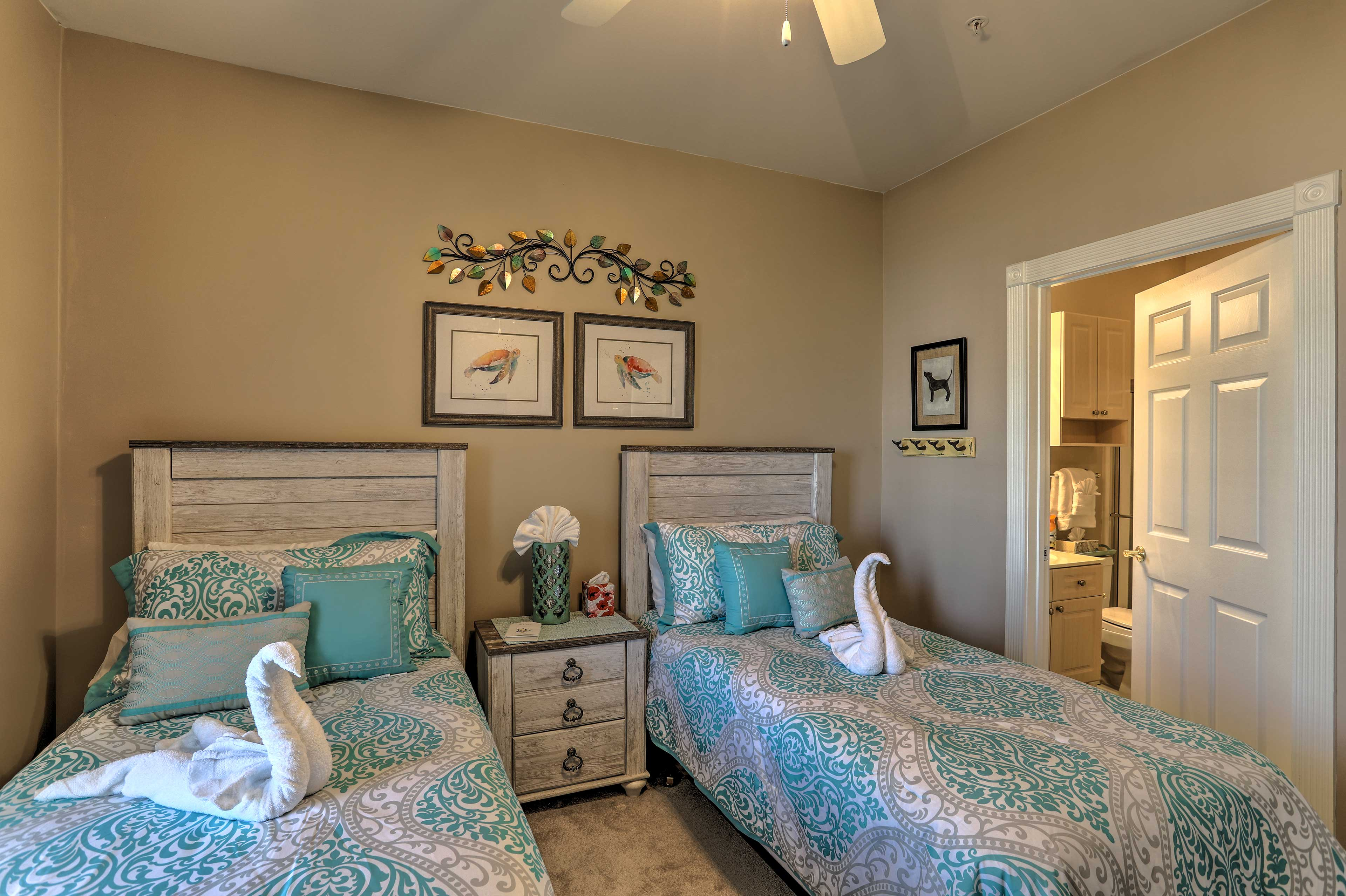 The king bed can be converted to 2 twin beds.