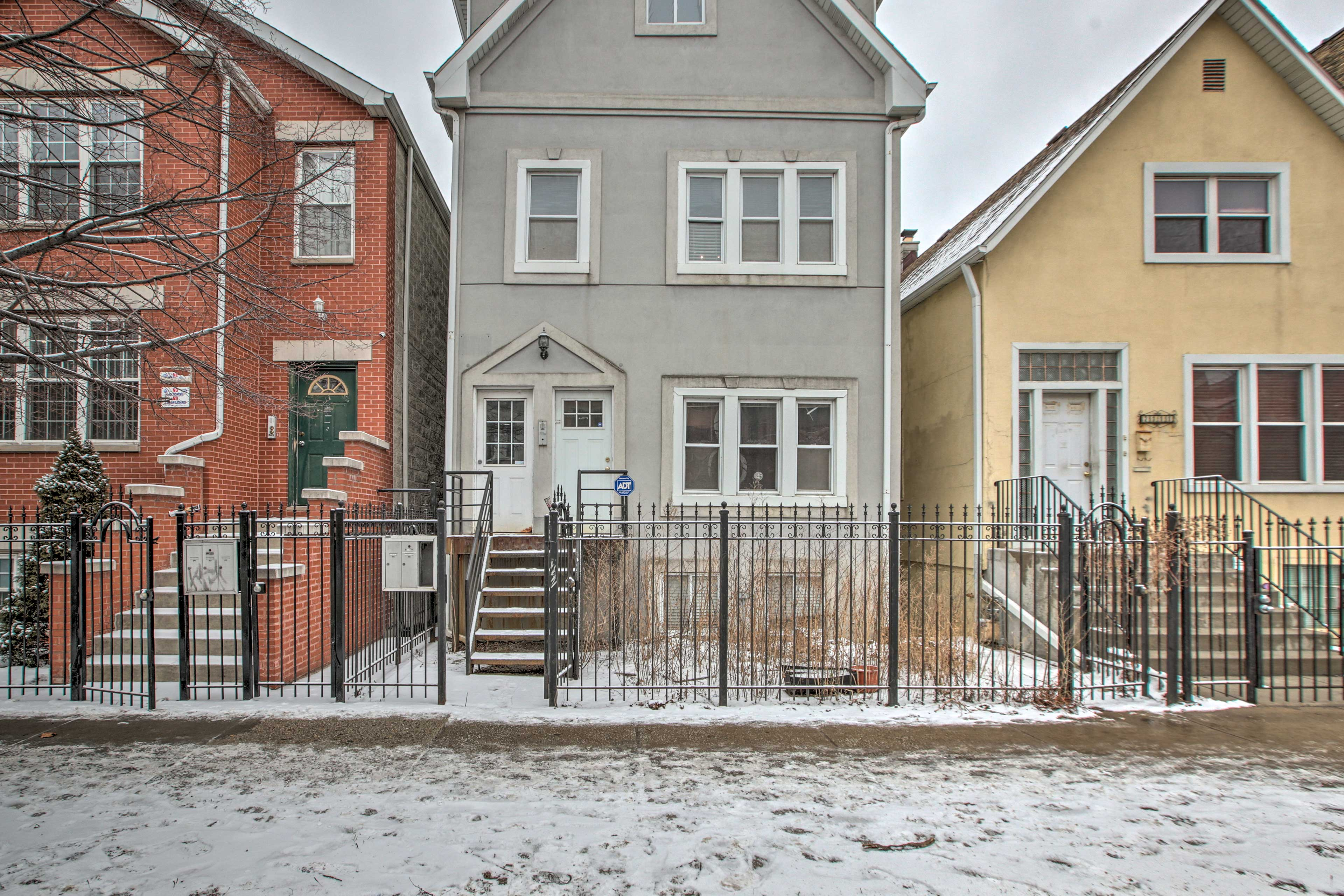 Nestled in Logan Square, the home sits minutes from bars, restaurants, & the L.