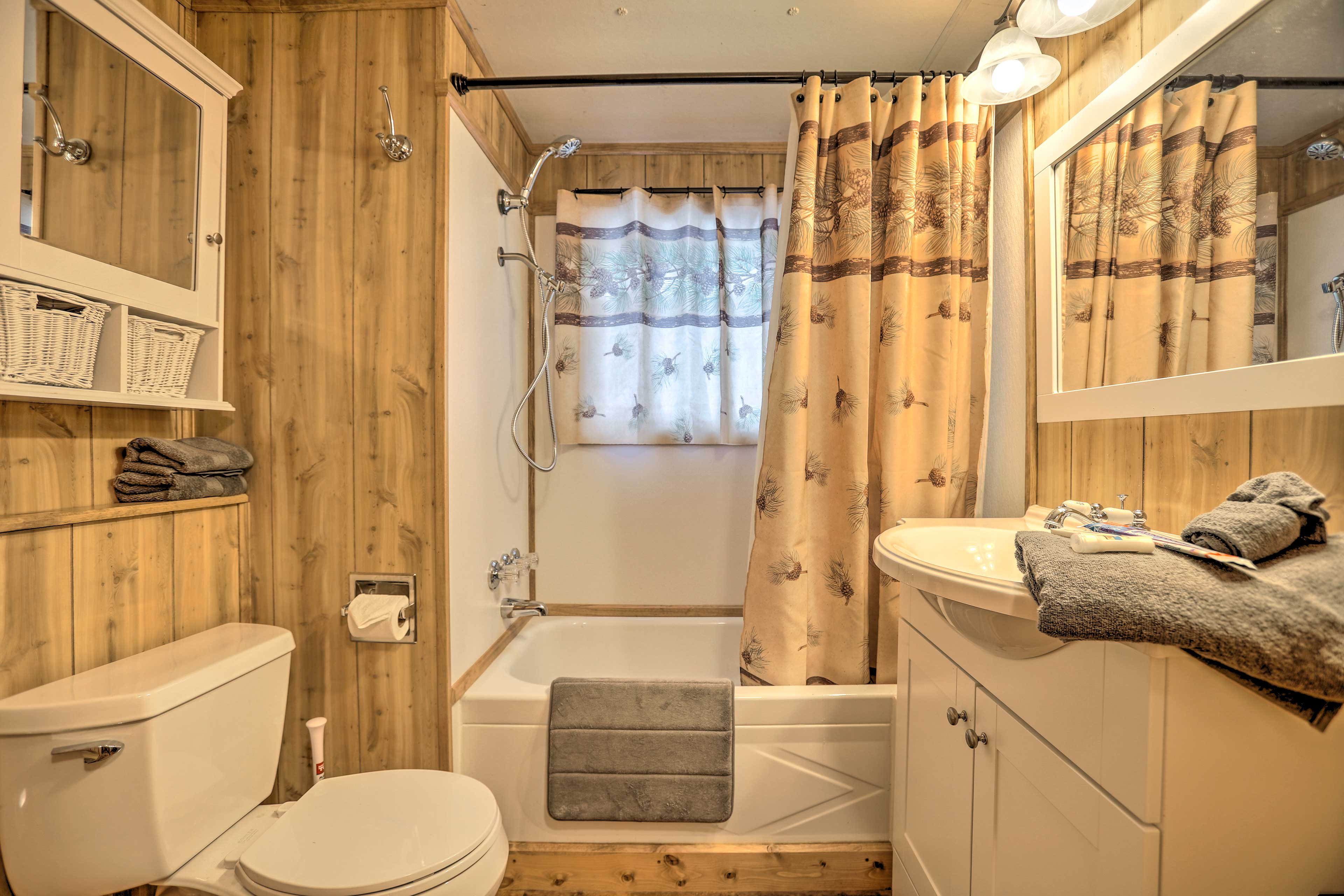 Rinse off the day in the shower/tub combo.
