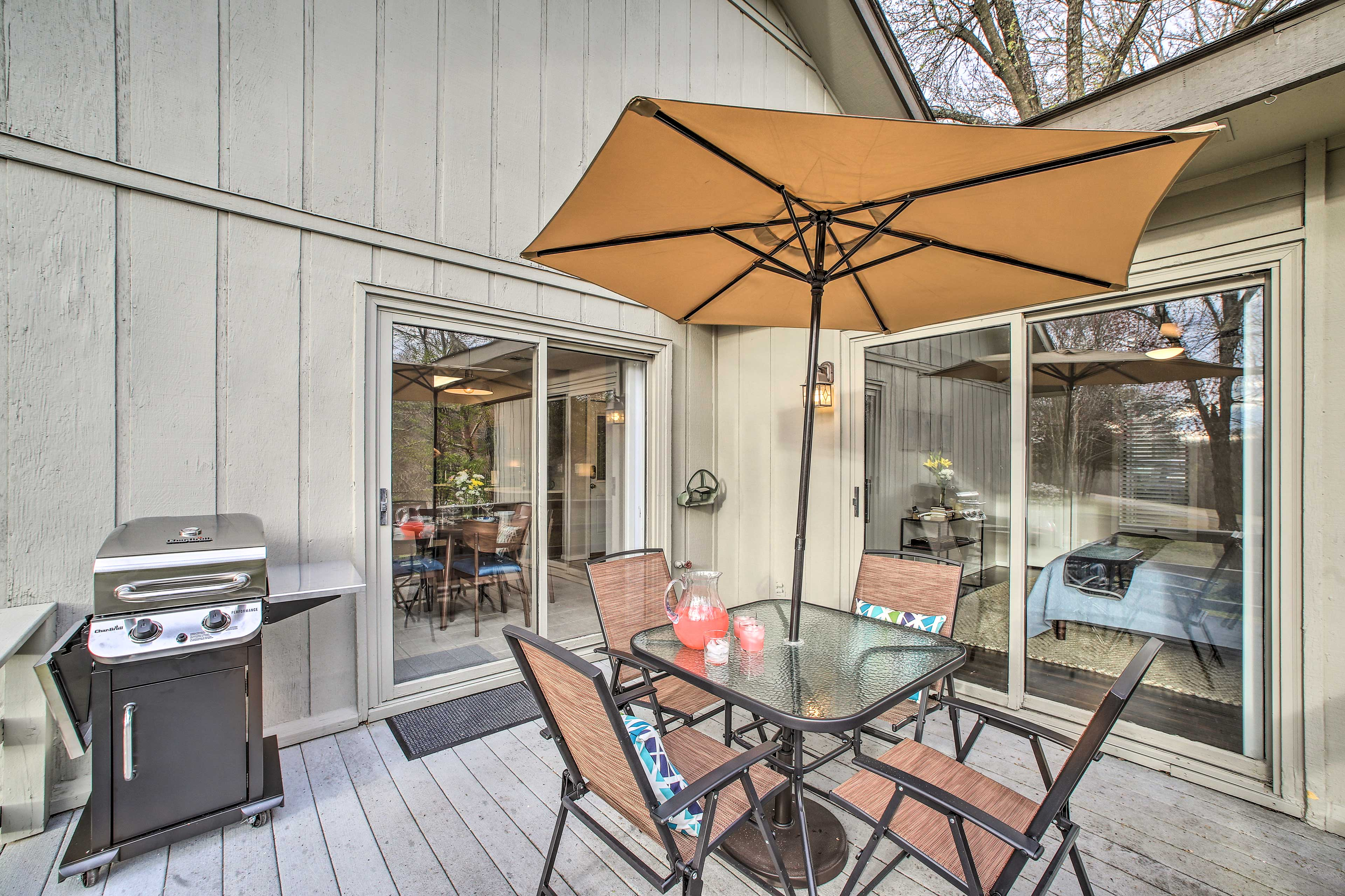 In the summertime, sip cold beverages and grill out on the balcony!