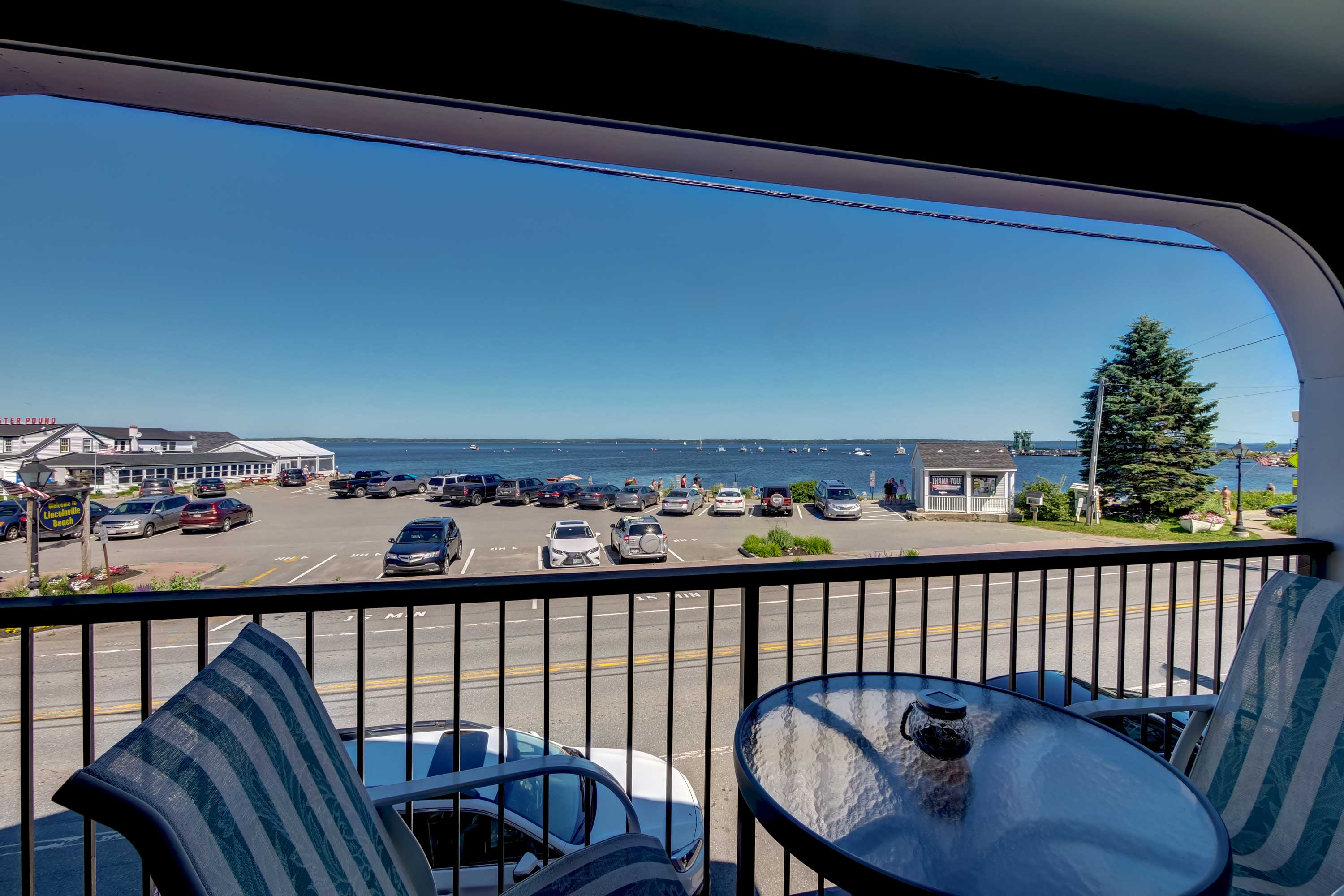 Escape to coastal Maine & enjoy a peaceful getaway for 2 in Lincolnville!