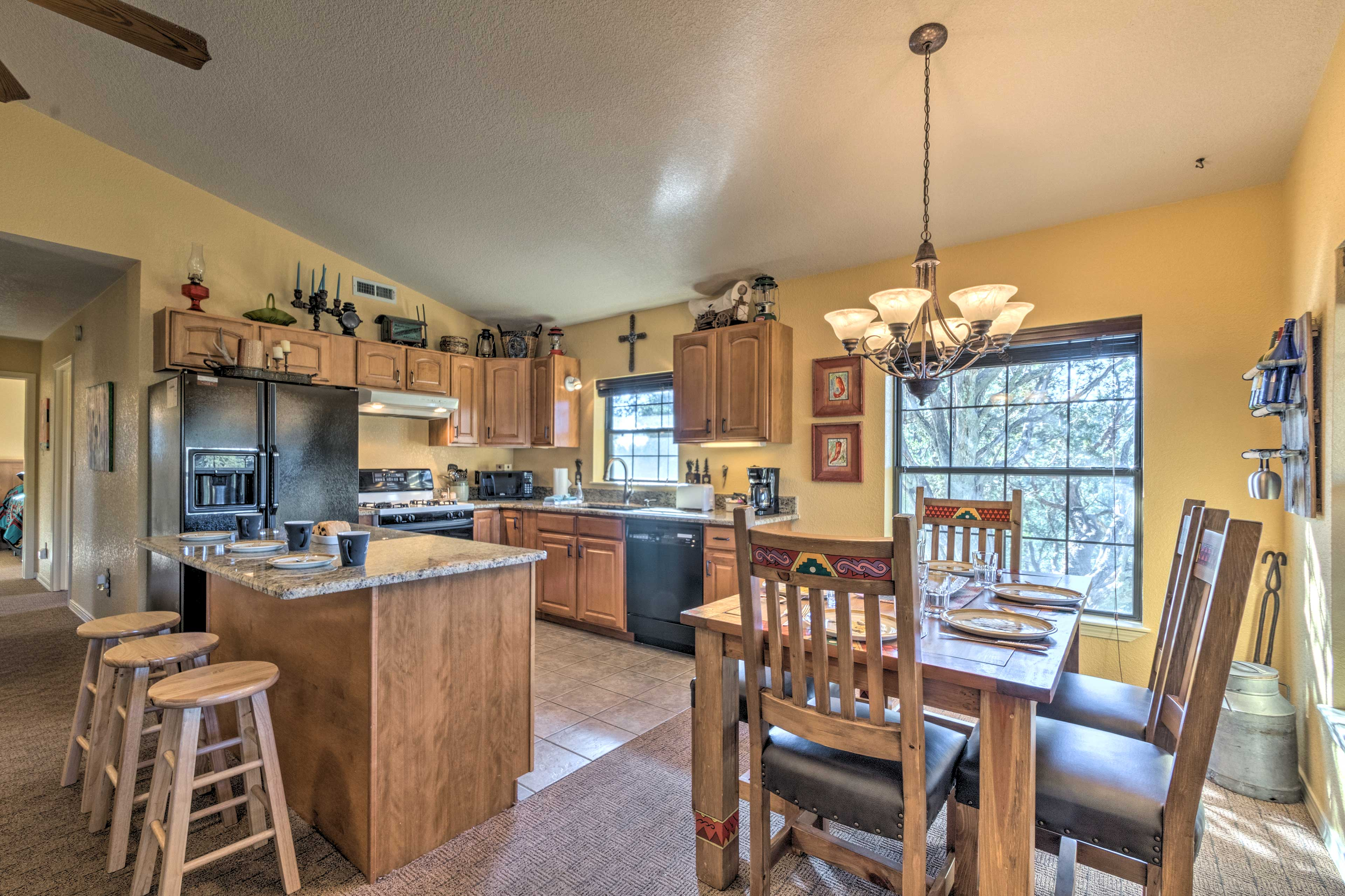 You'll quickly fall in love with this spacious interior for 6 guests.