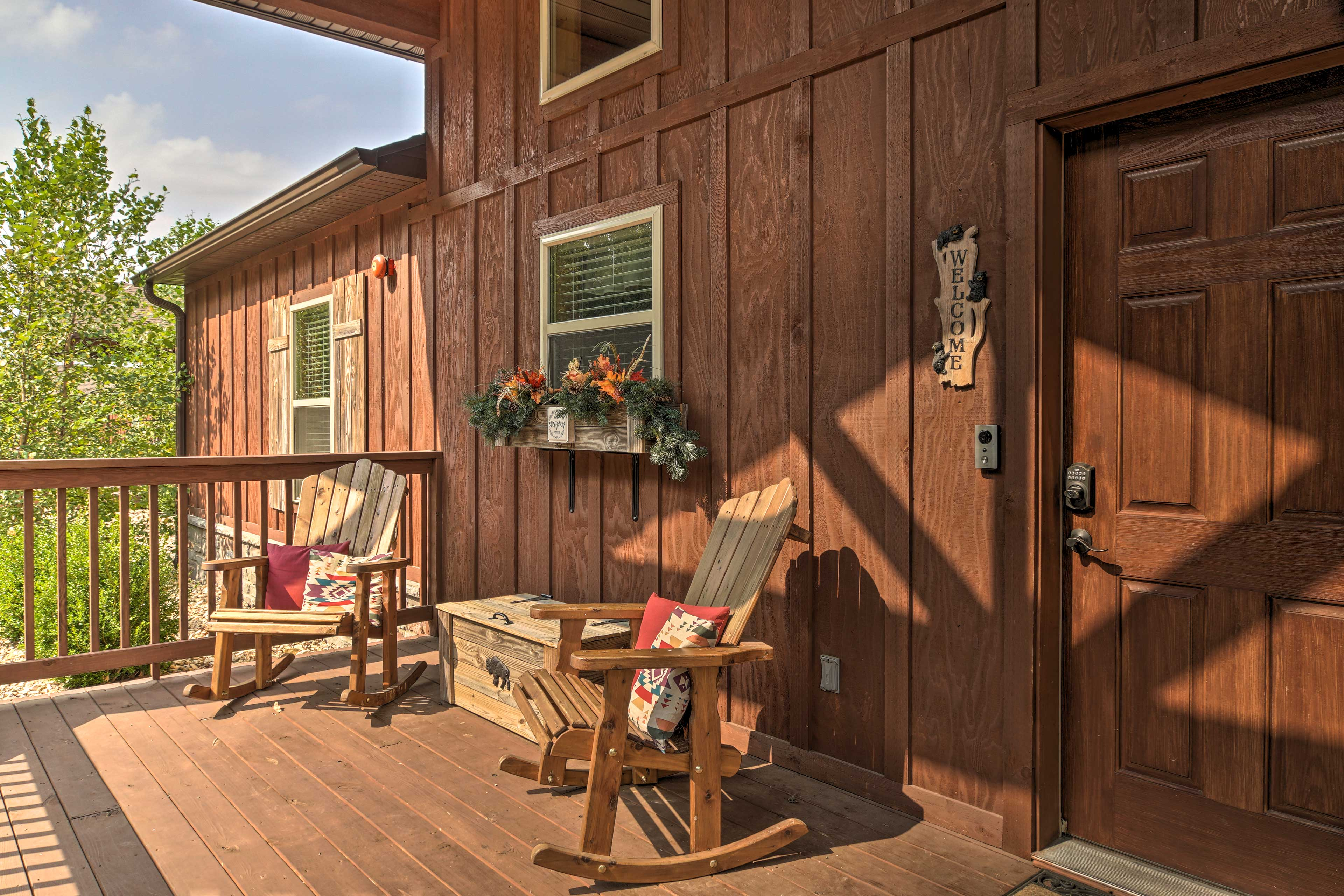 Furnished Porch   Keyless Entry   Step-Free Access