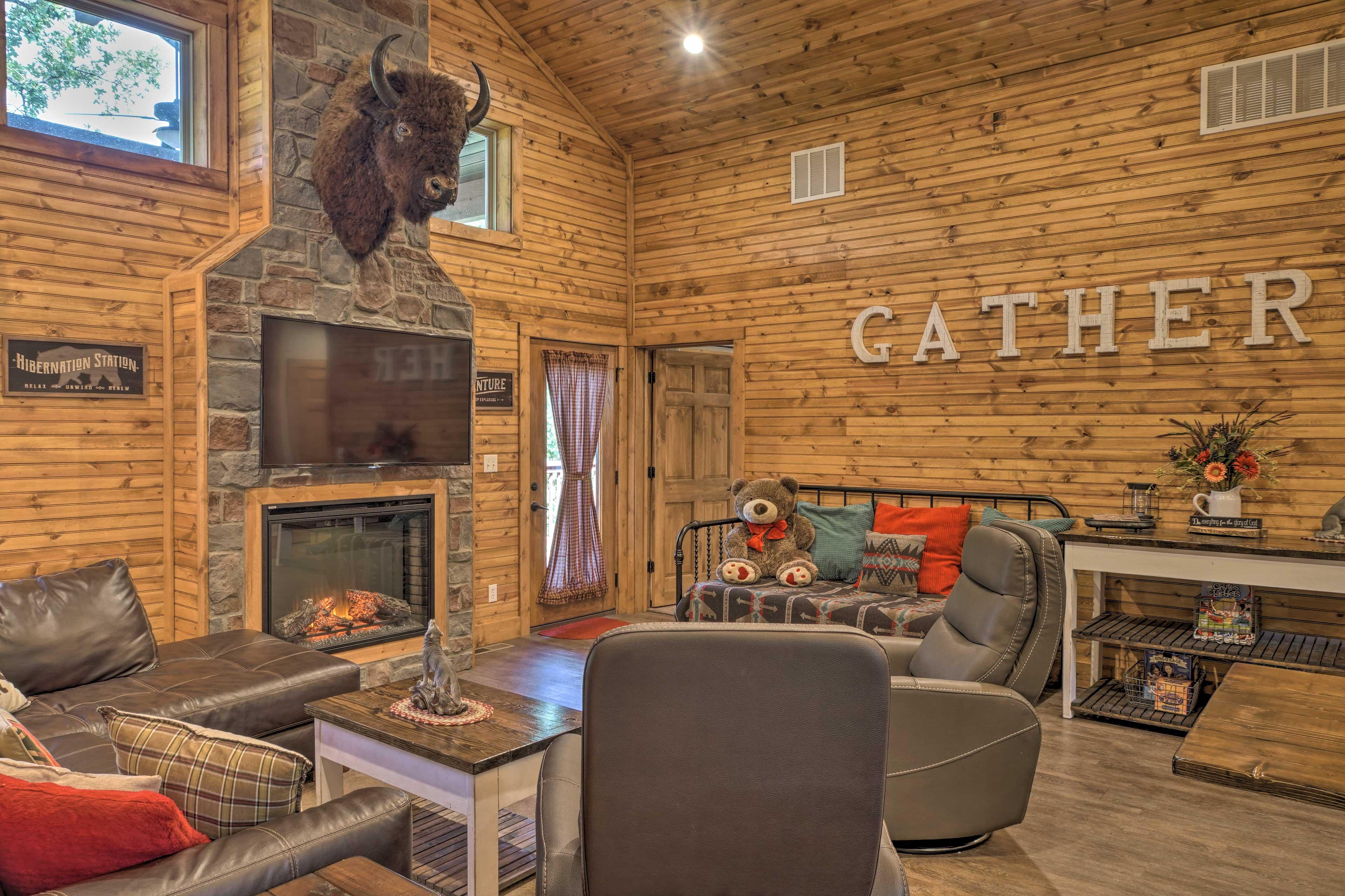 Living Room   StoneBridge Resort Location