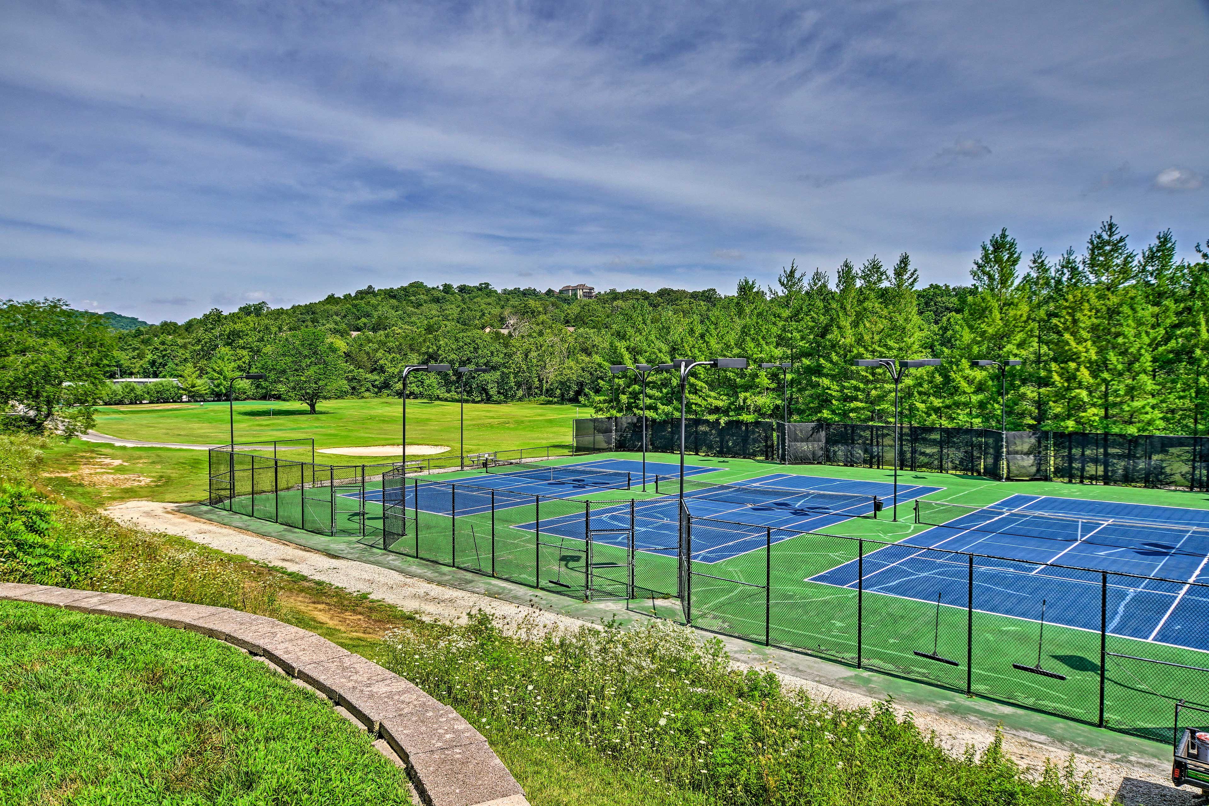The StoneBridge Resort   Tennis Courts