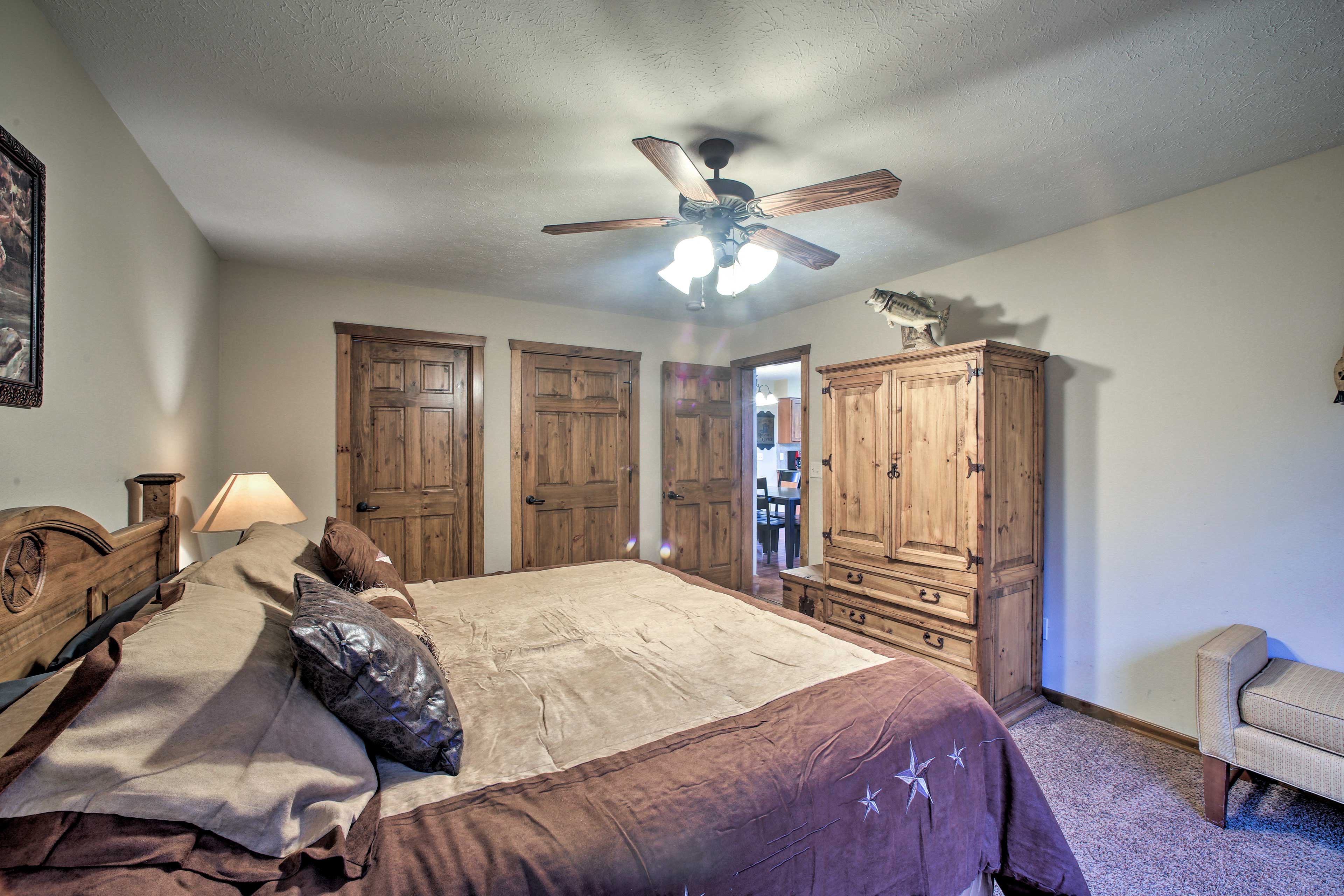 Each of the home's 4 bedrooms boast a cozy king-sized bed.
