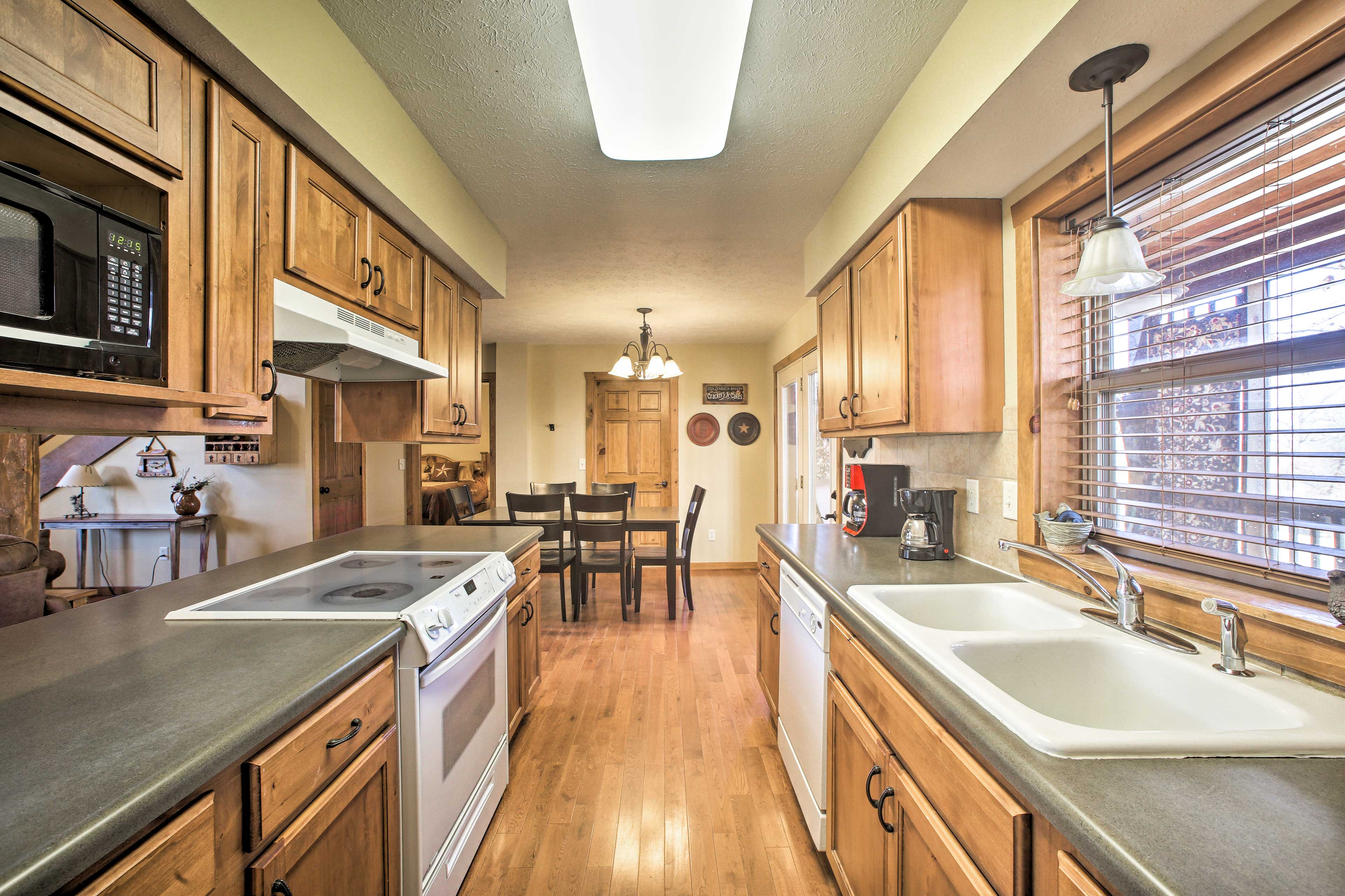 From breakfast to dinner, the kitchen allows you to whip it up with ease!