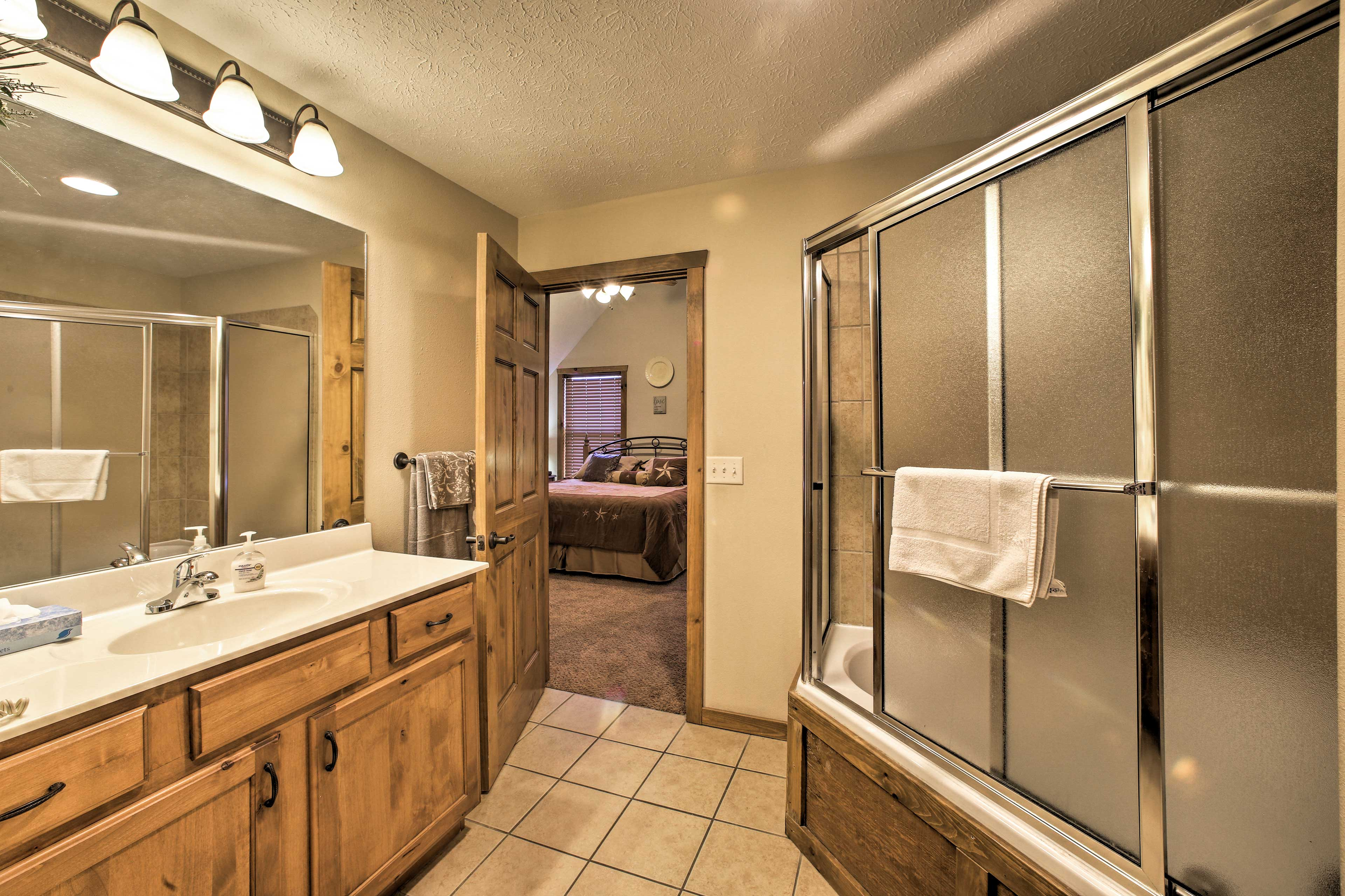 En-suite bathrooms make it easy to stay fresh & pampered all vacation long.