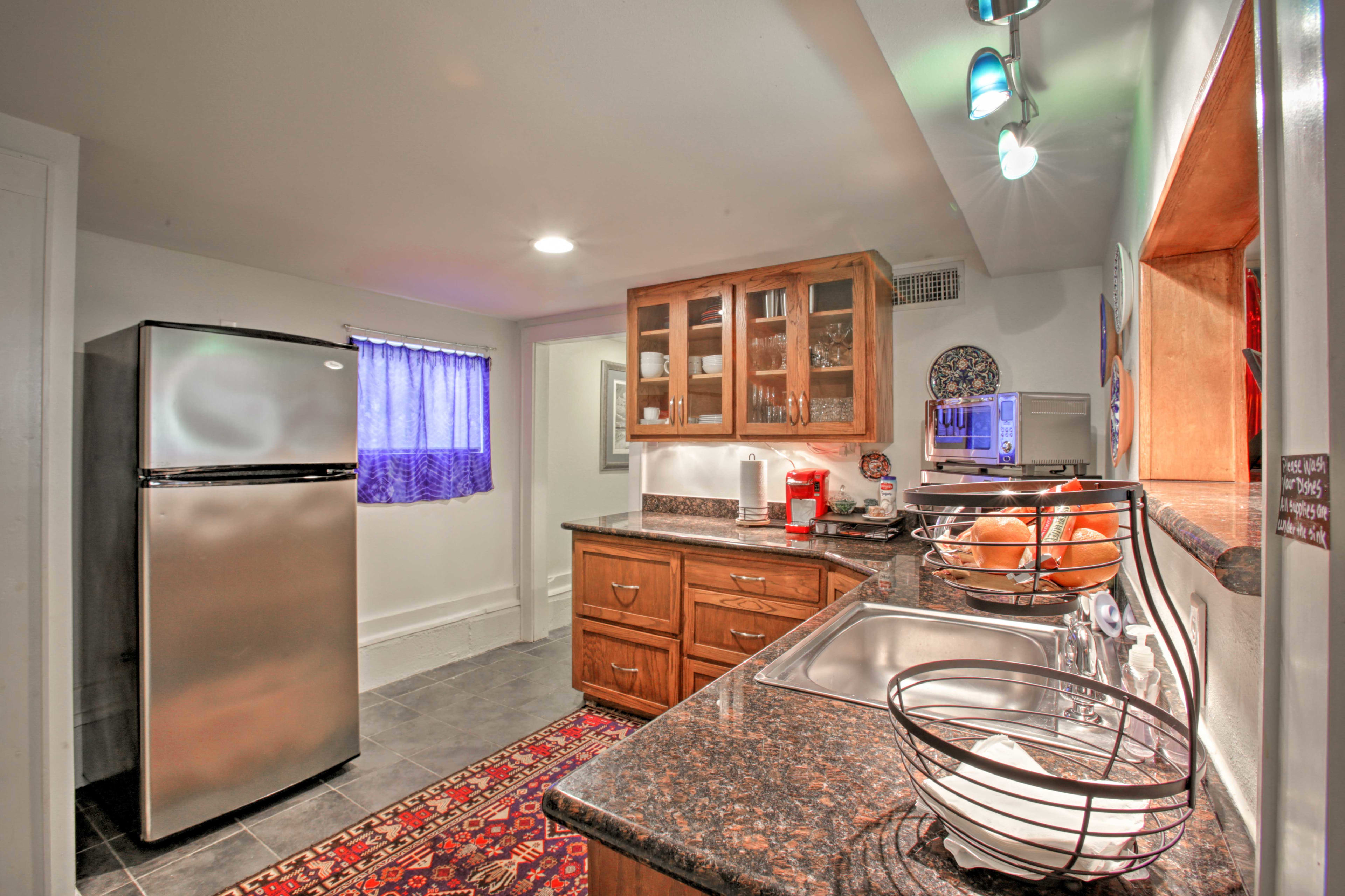 Try out a new recipe in the well-equipped kitchenette.