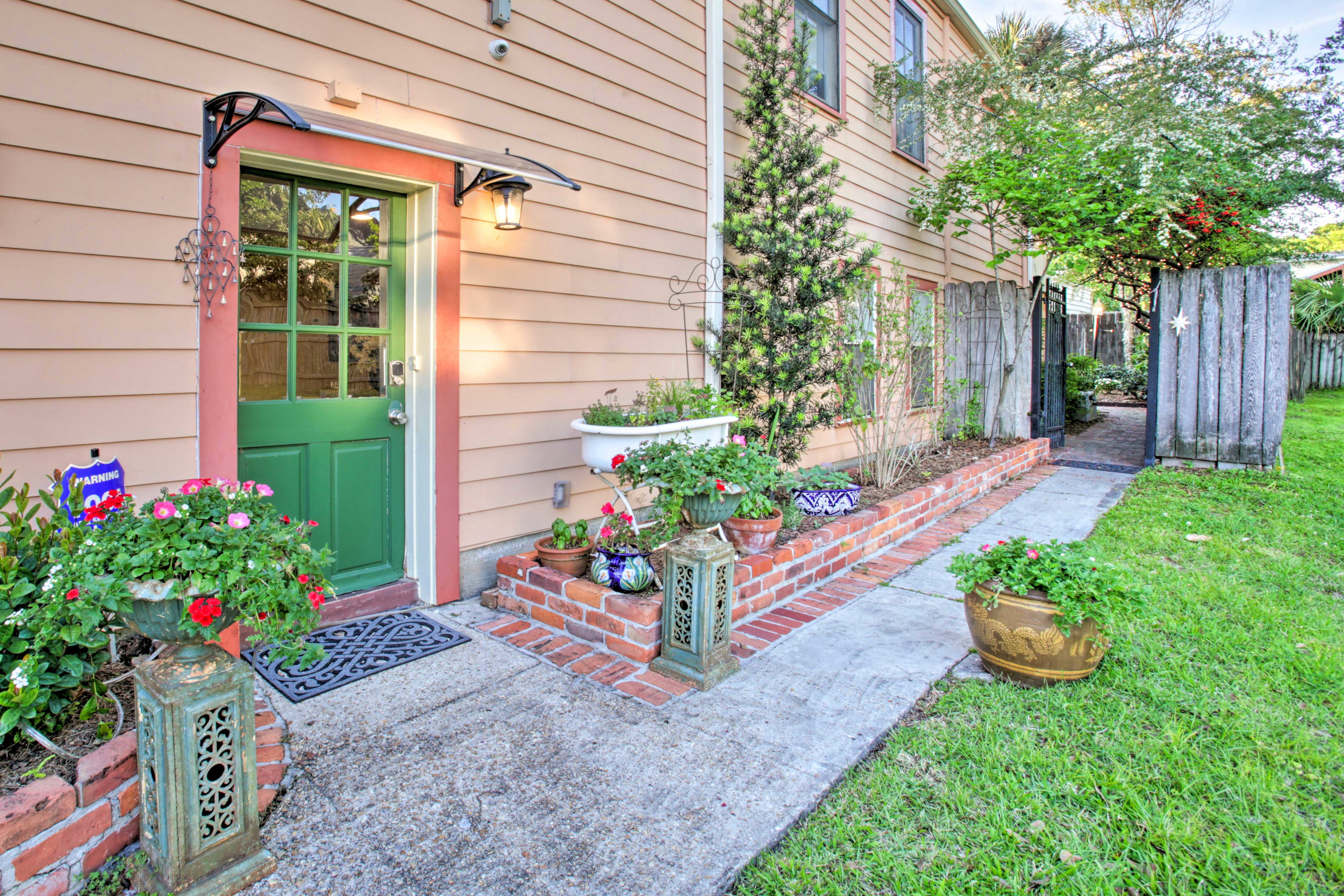 Step outside to enjoy the warm New Orleans weather!
