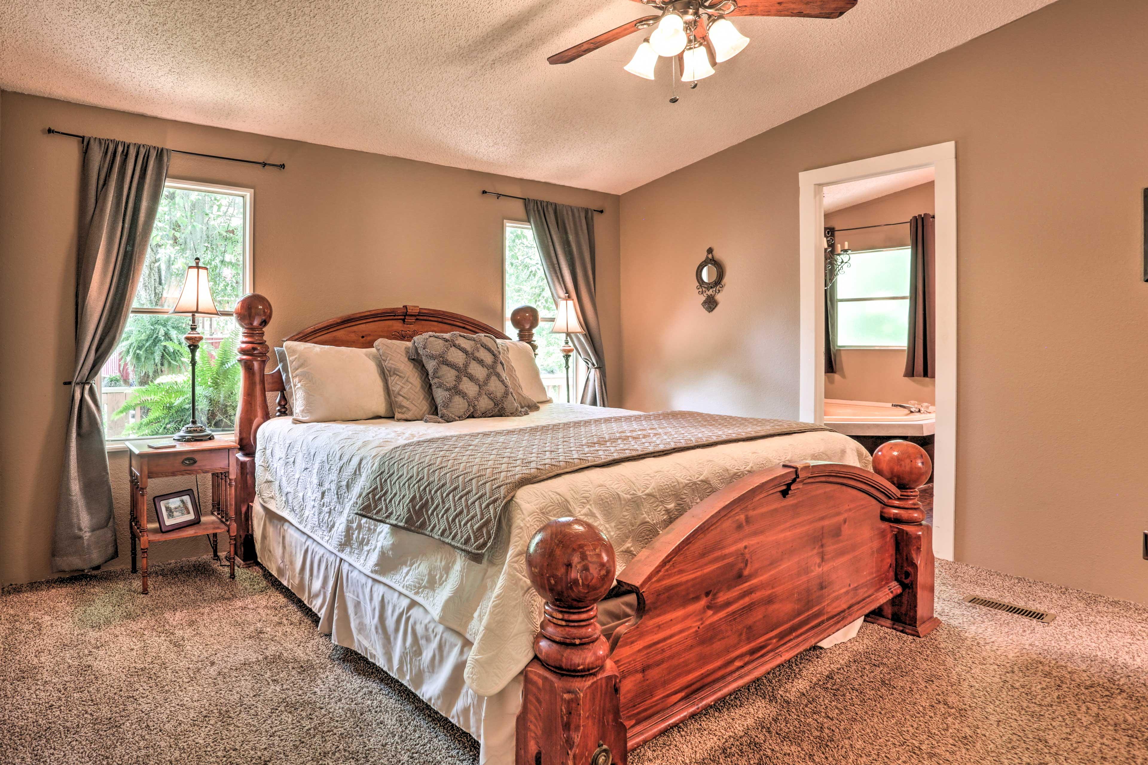 Bedroom 1   California King Bed
