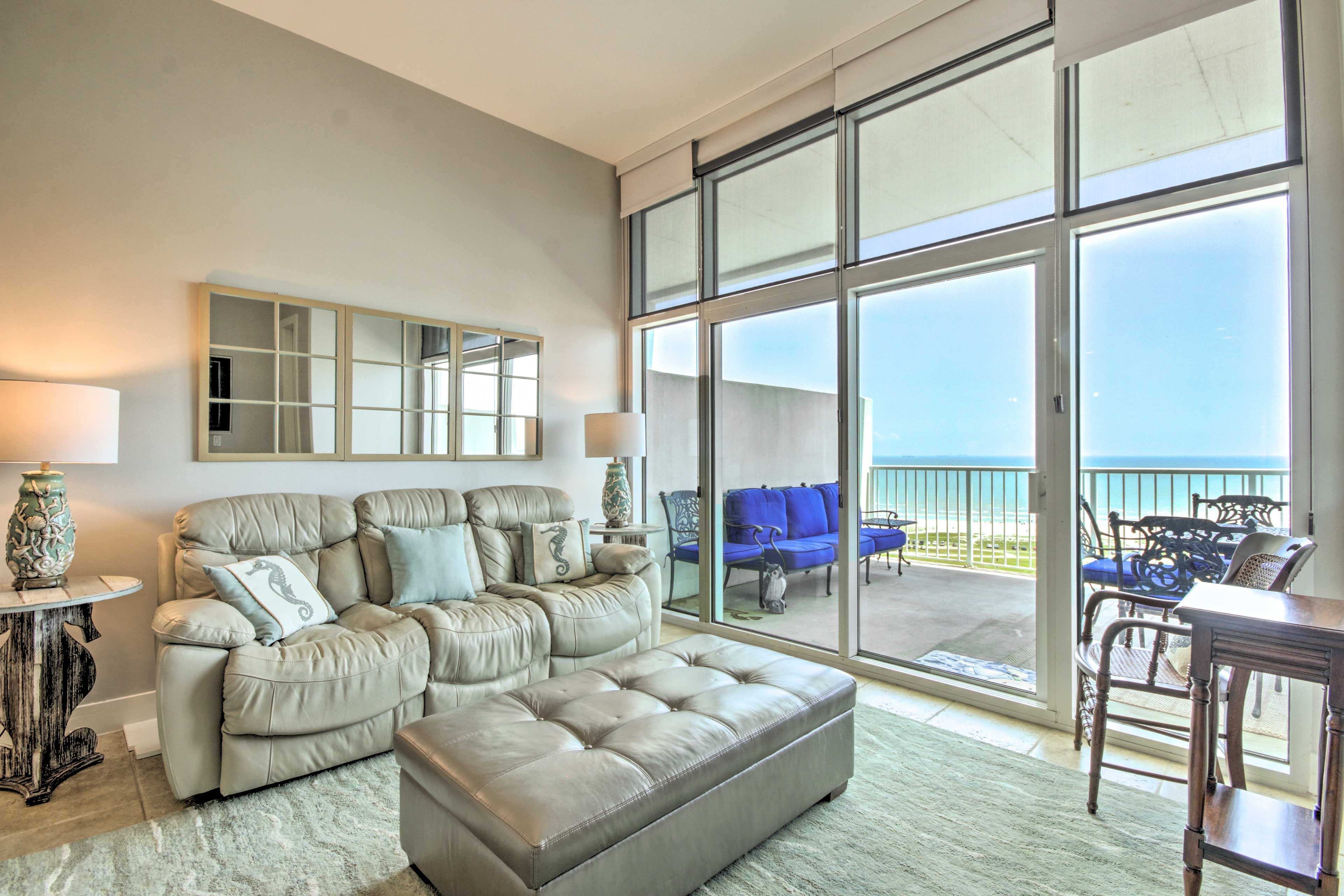 Enjoy ample natural sunlight beaming into this fantastic unit!