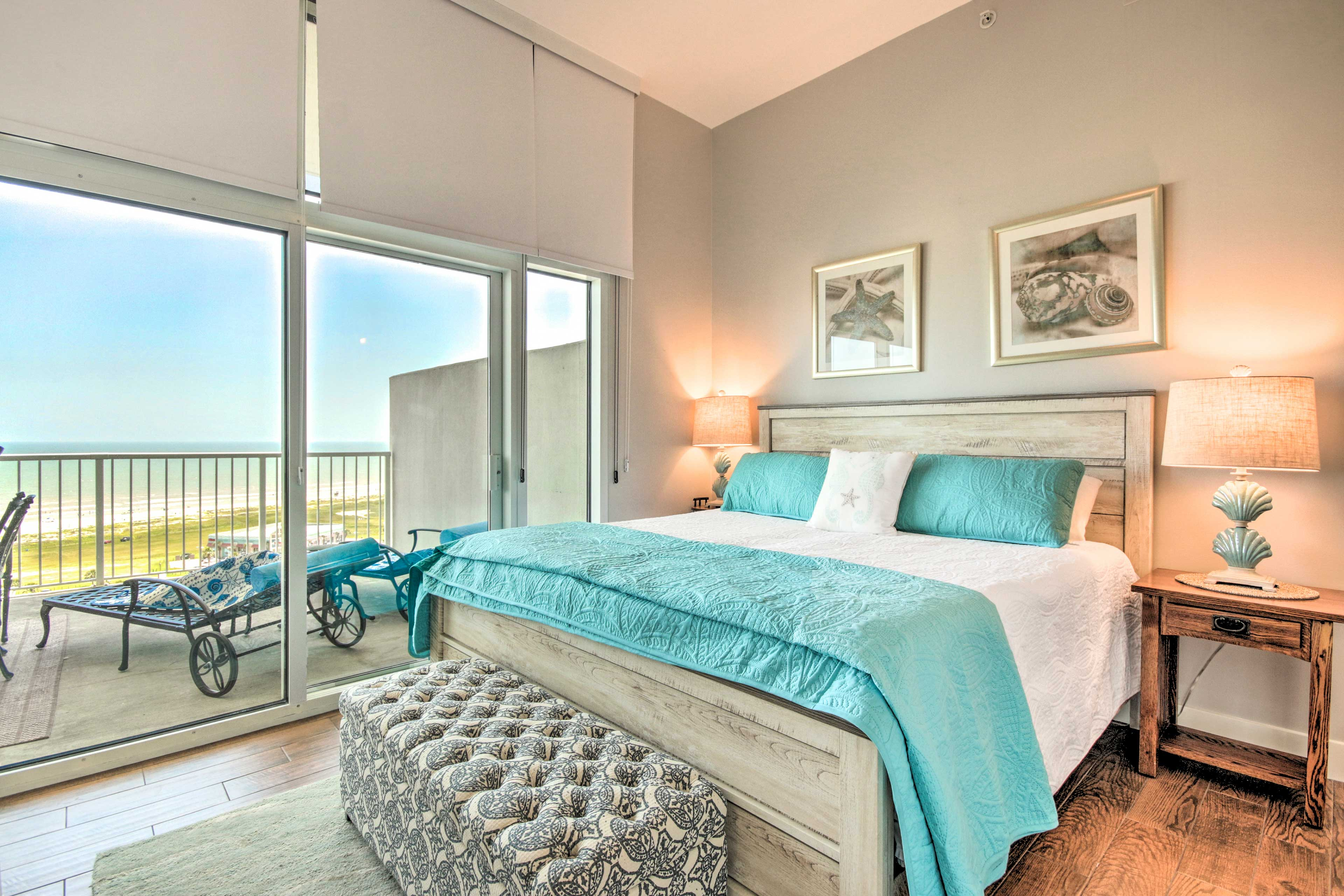 You'll quickly fall in love with the beach-themed accents.