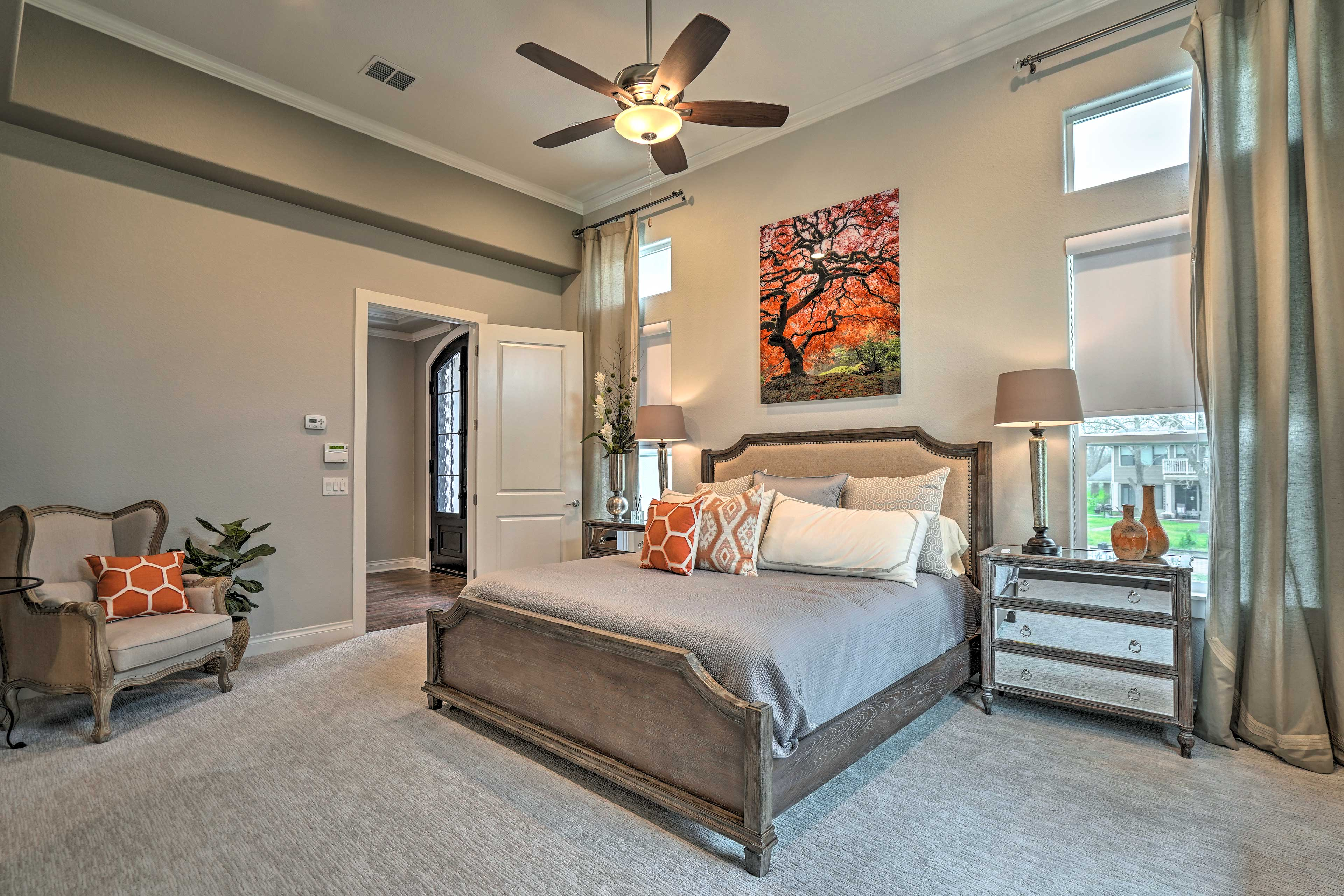 Choose from 5 bedrooms to sleep in.