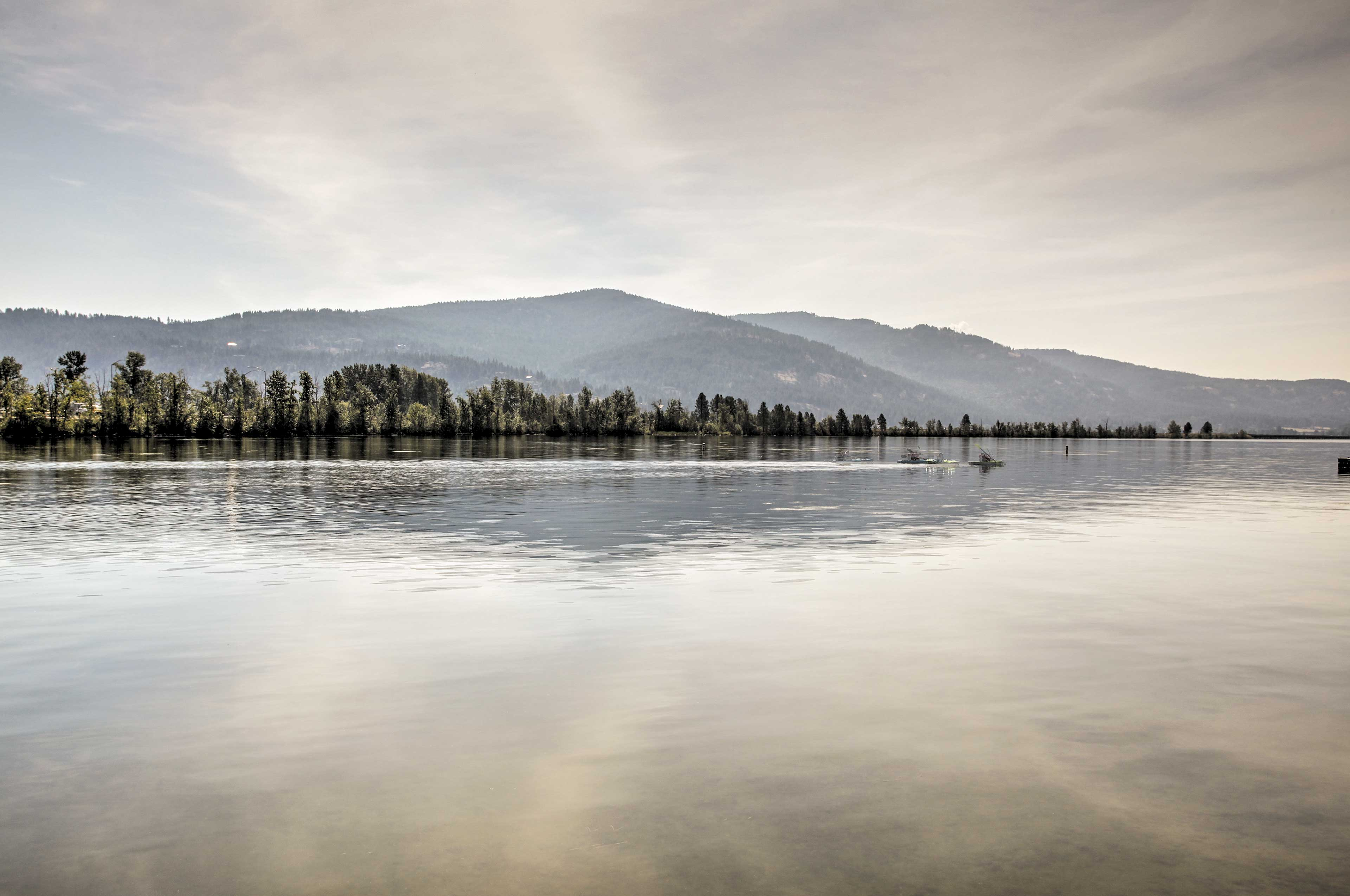 Explore the waters of Lake Pend Oreille by boat and go fishing.