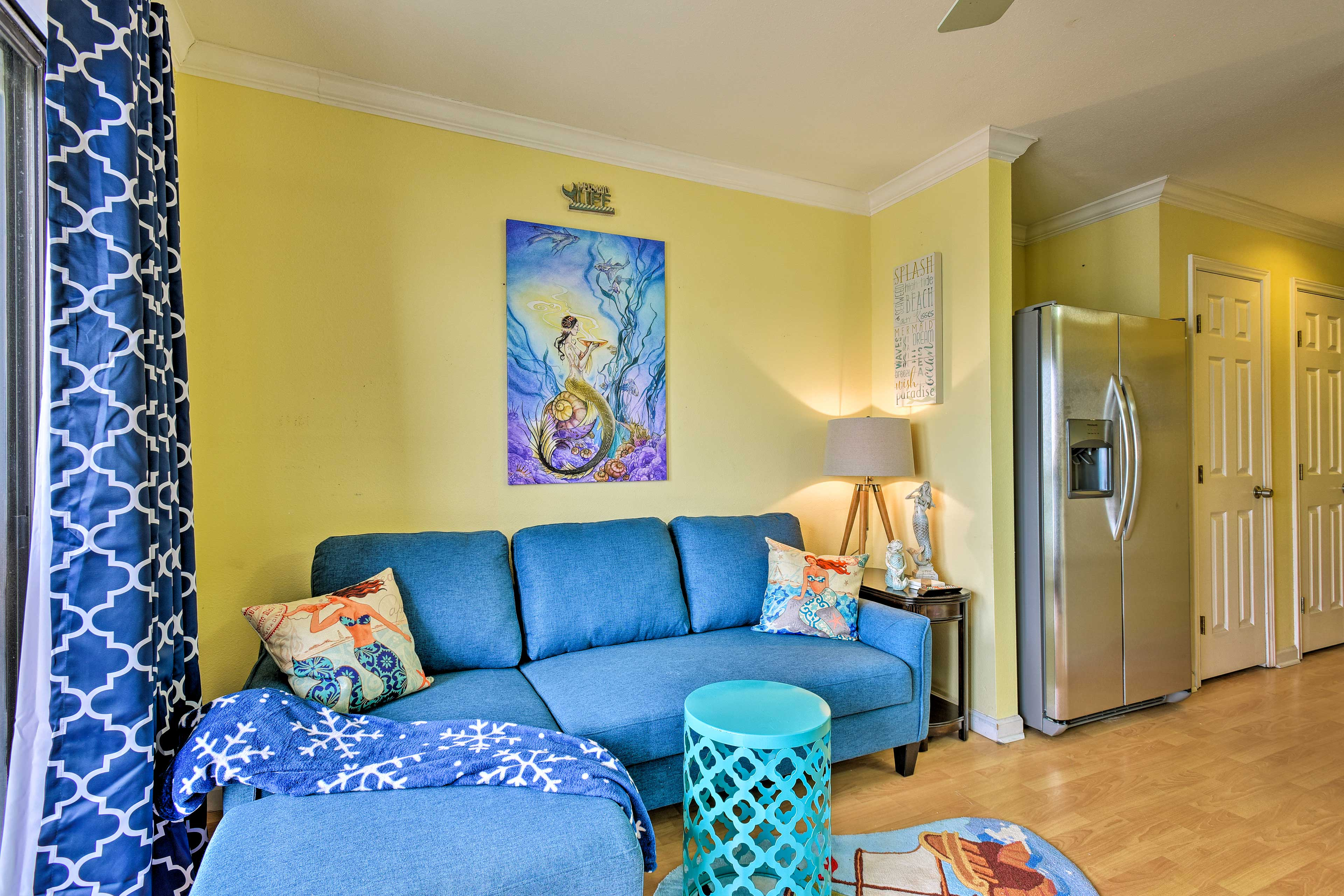 Bring friends, family, and fellow mermaids along to this vacation rental condo!