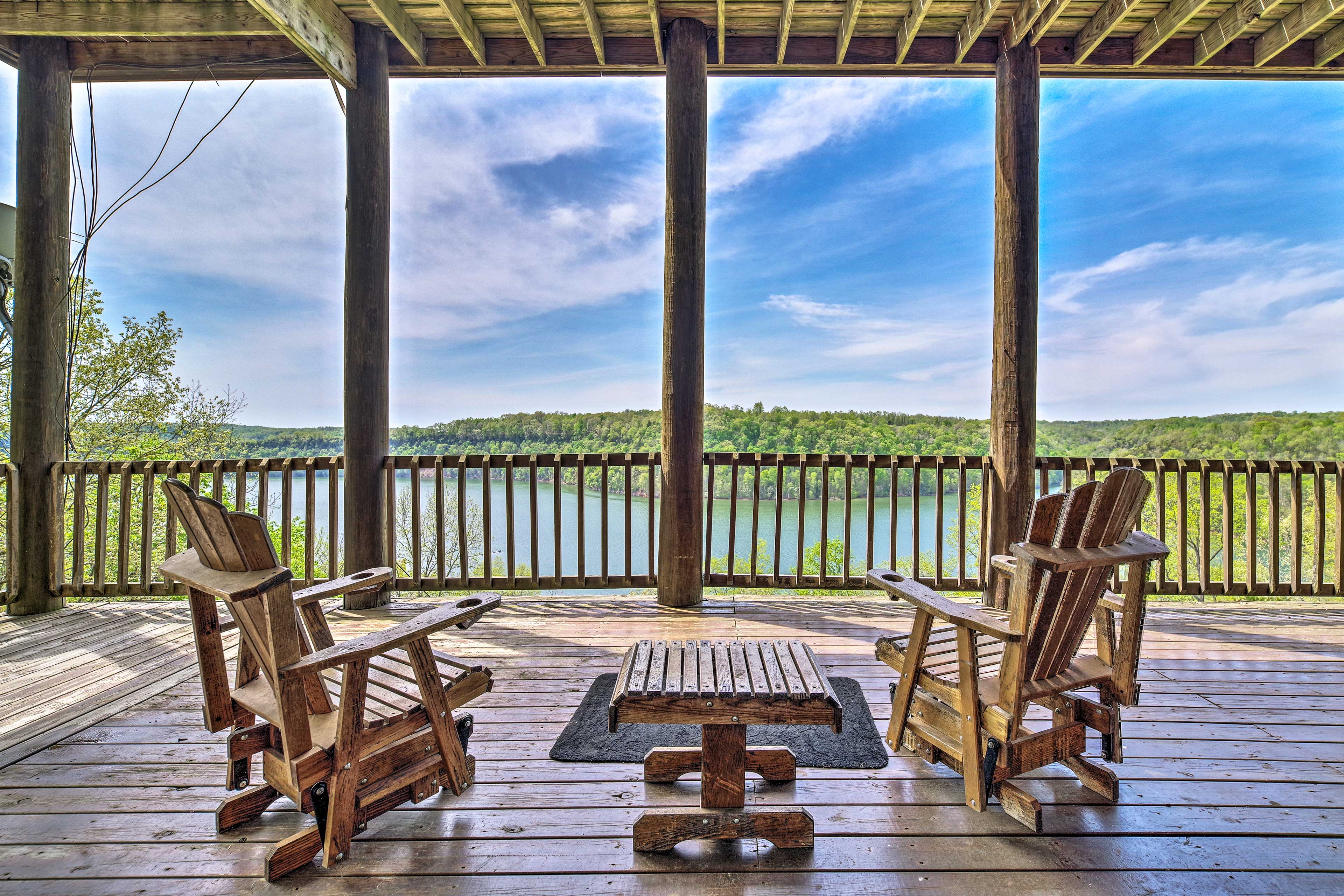 Bring along your family & fishing gear for a stay at this vacation rental cabin!