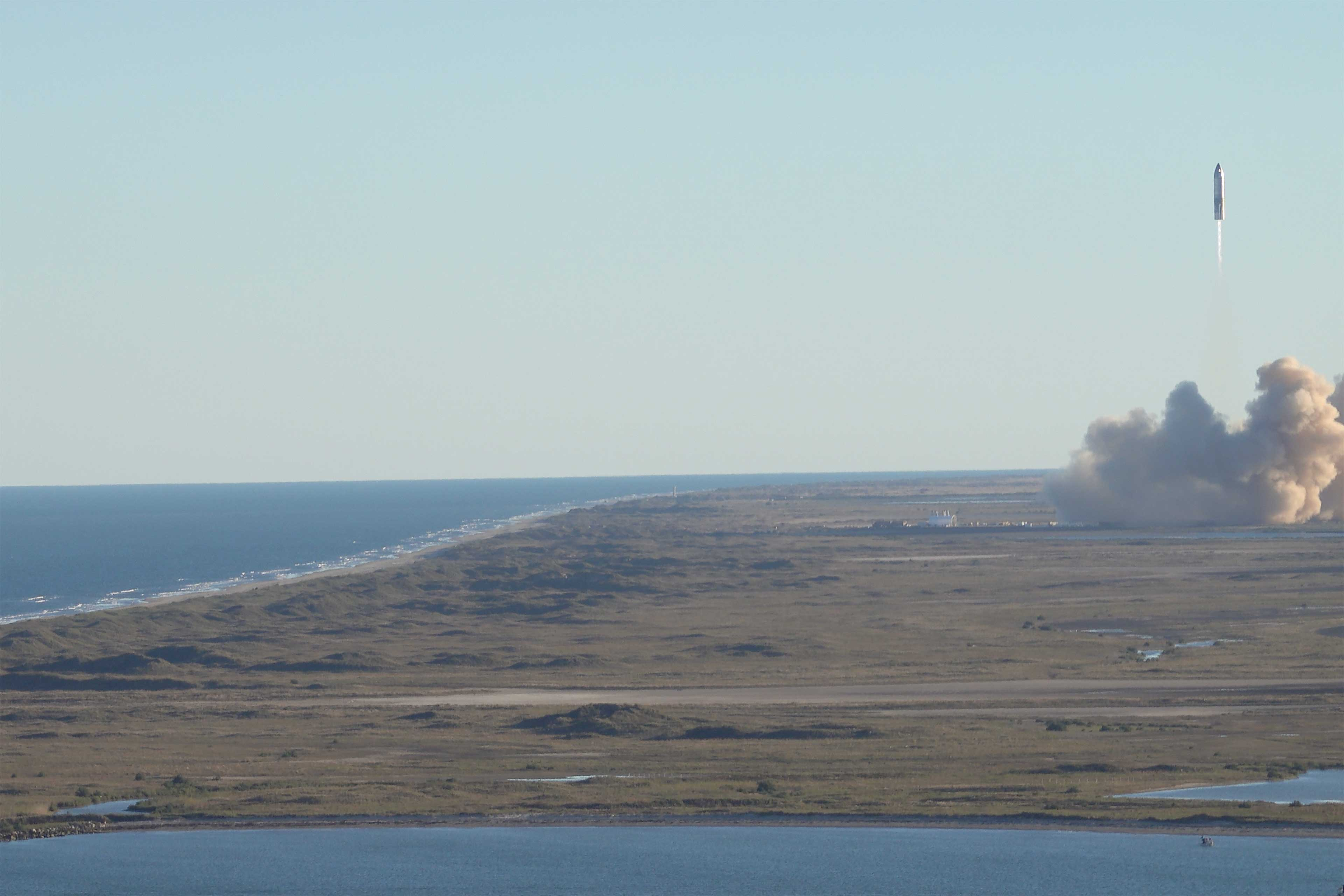 Check out the view of the SpaceX launch pad from the balcony!
