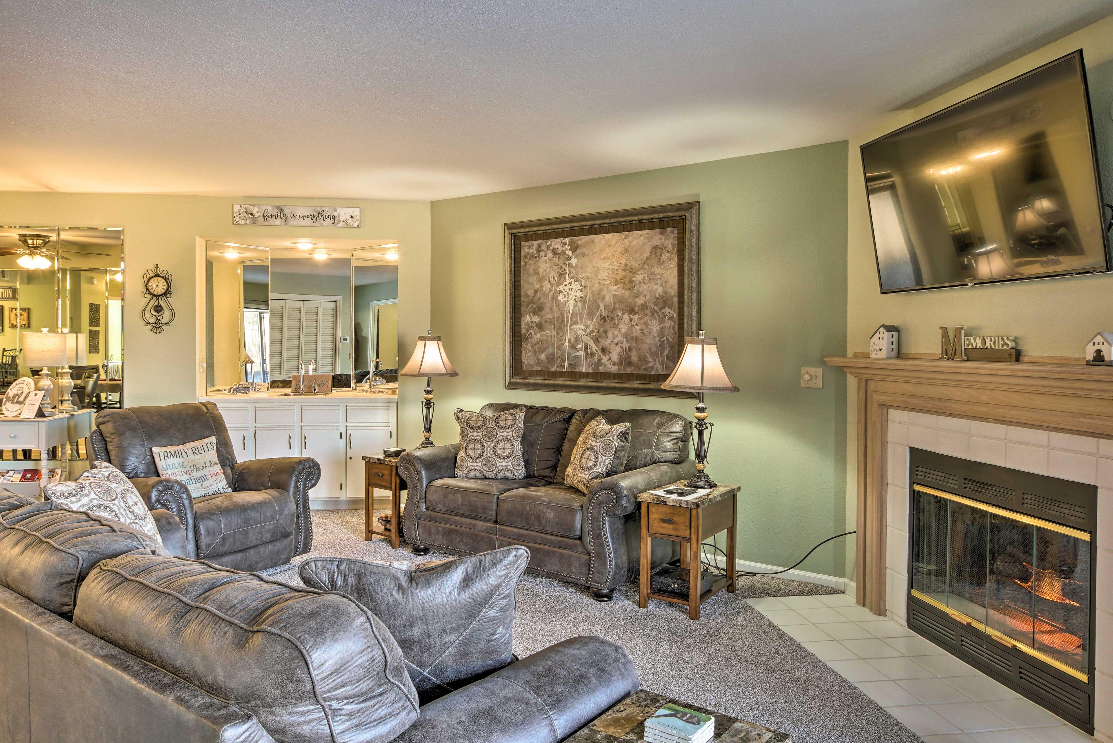 Living Room | New Furnishings & Paint