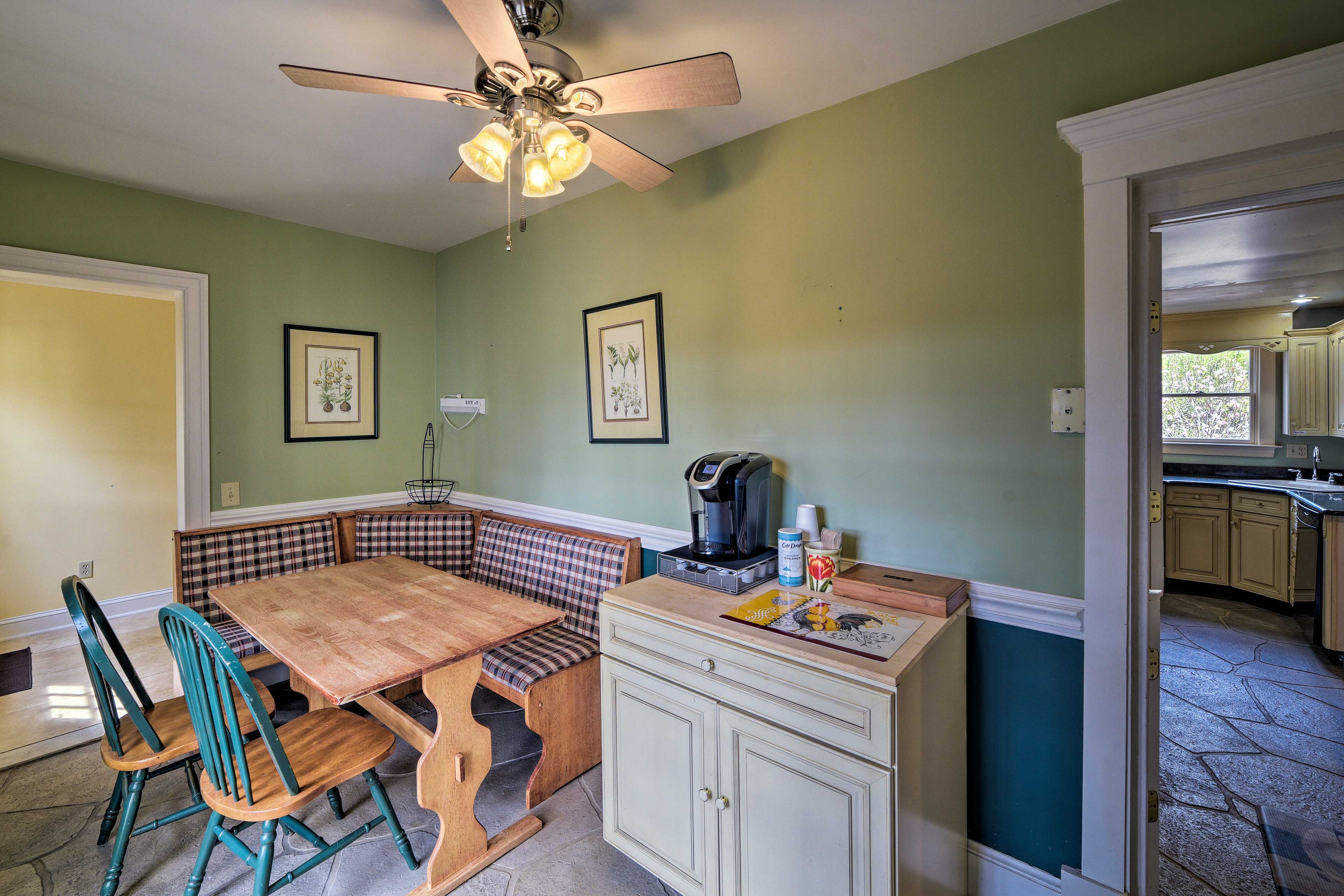 Dining Nook | K Cups Provided
