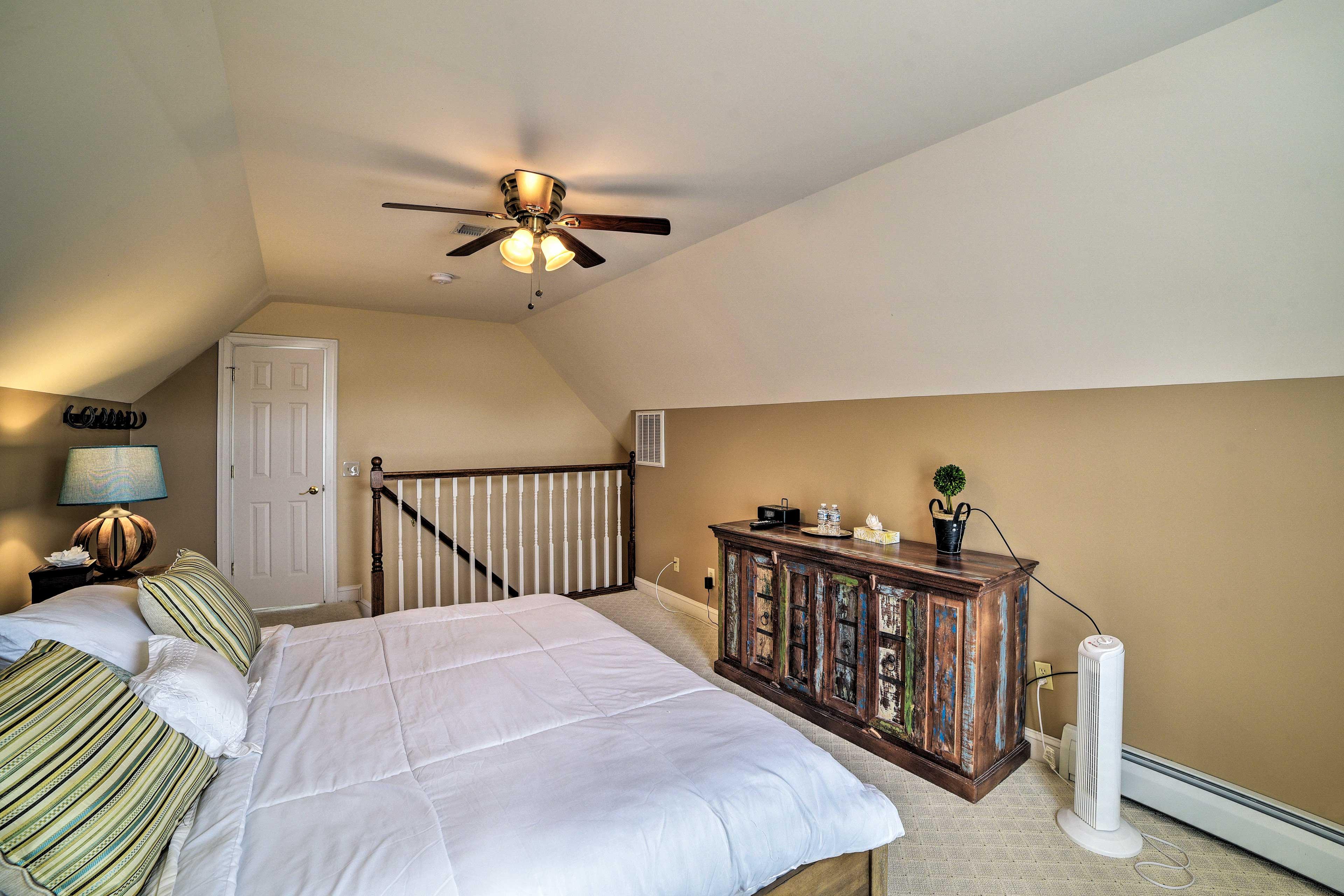 Bedroom 4 | Loft | King Bed