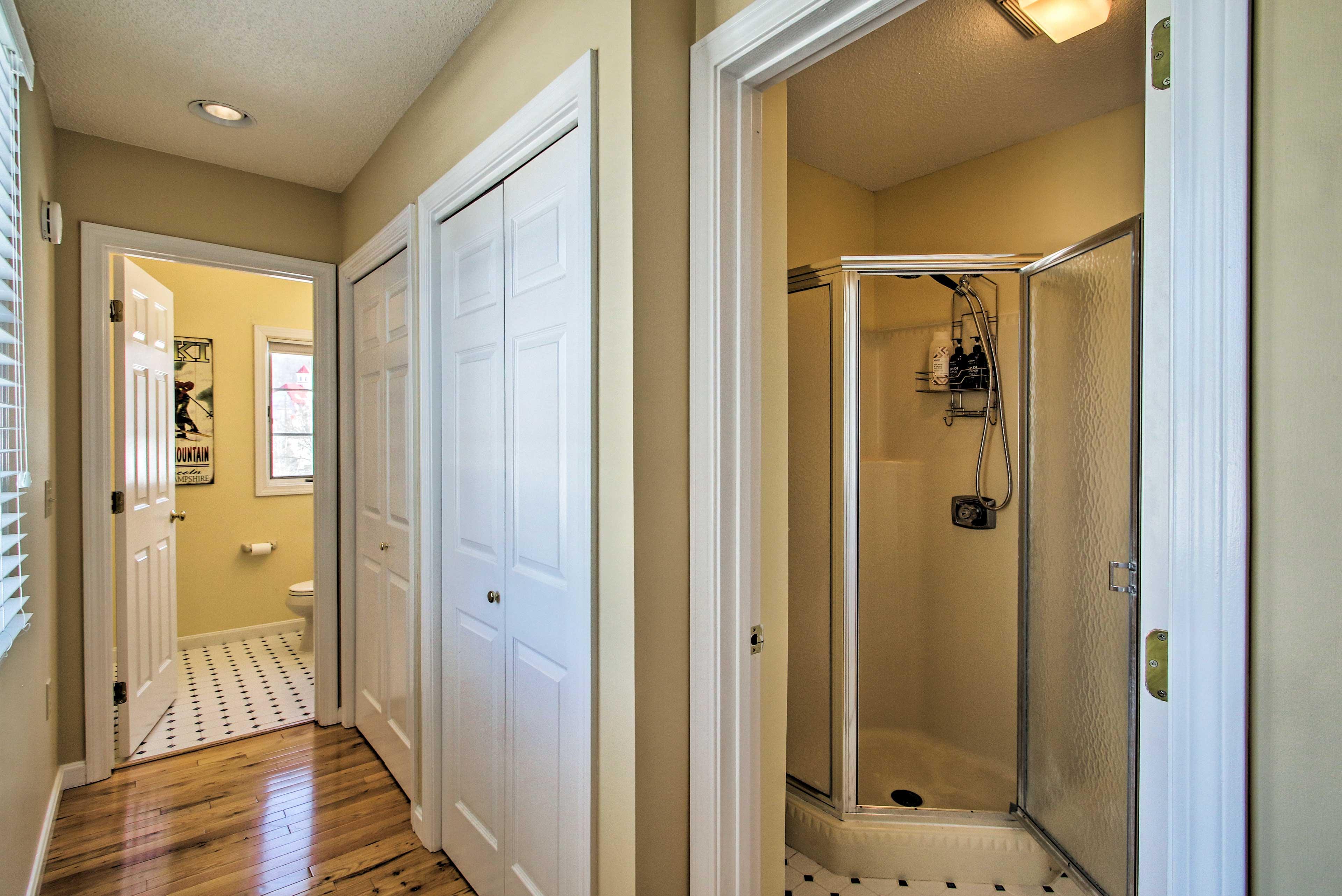 Enjoy ultimate privacy with the en-suite bathroom.