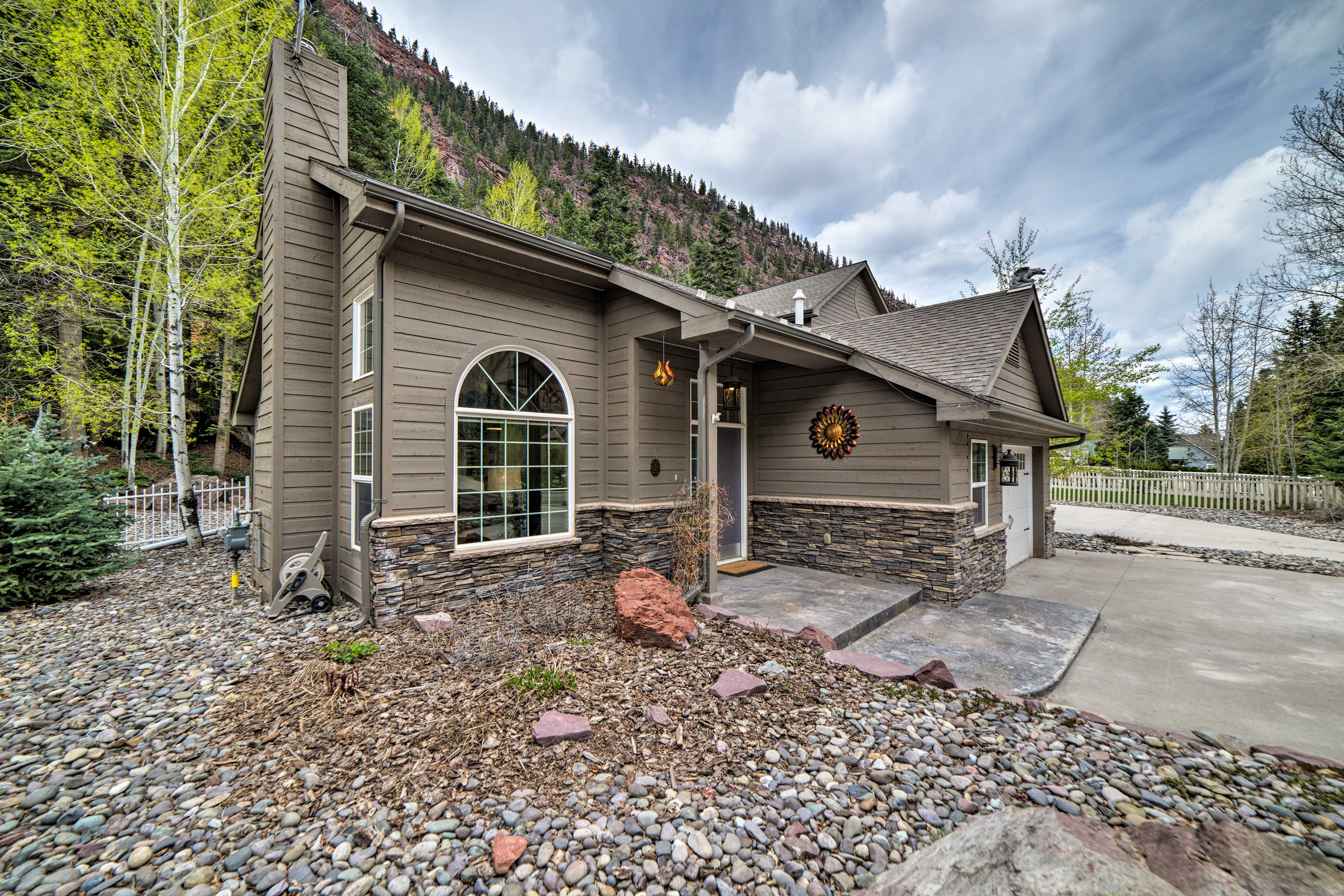 The home is nestled in the San Juan Mountains.