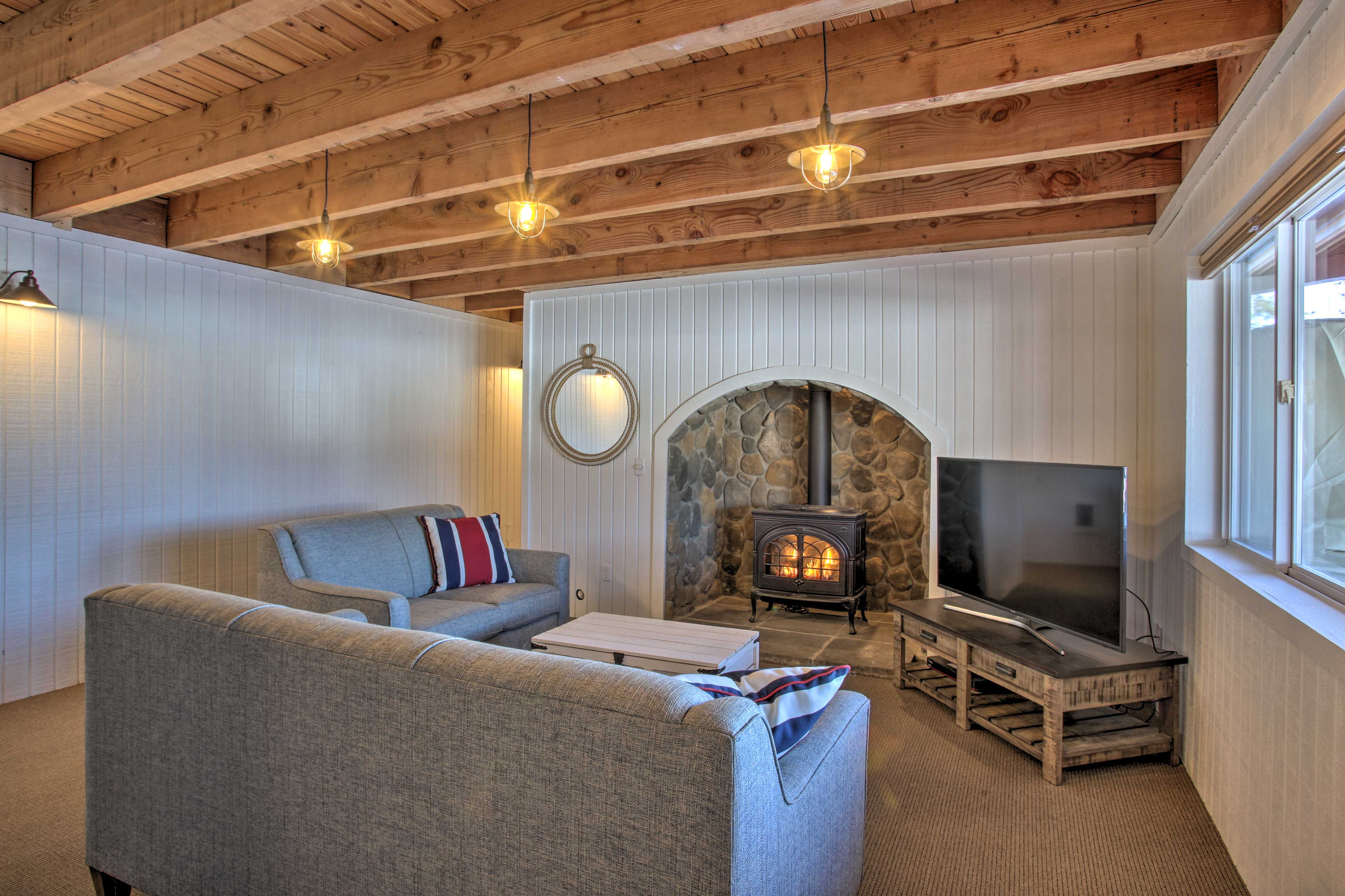Relax and recharge in the lower-level living area.