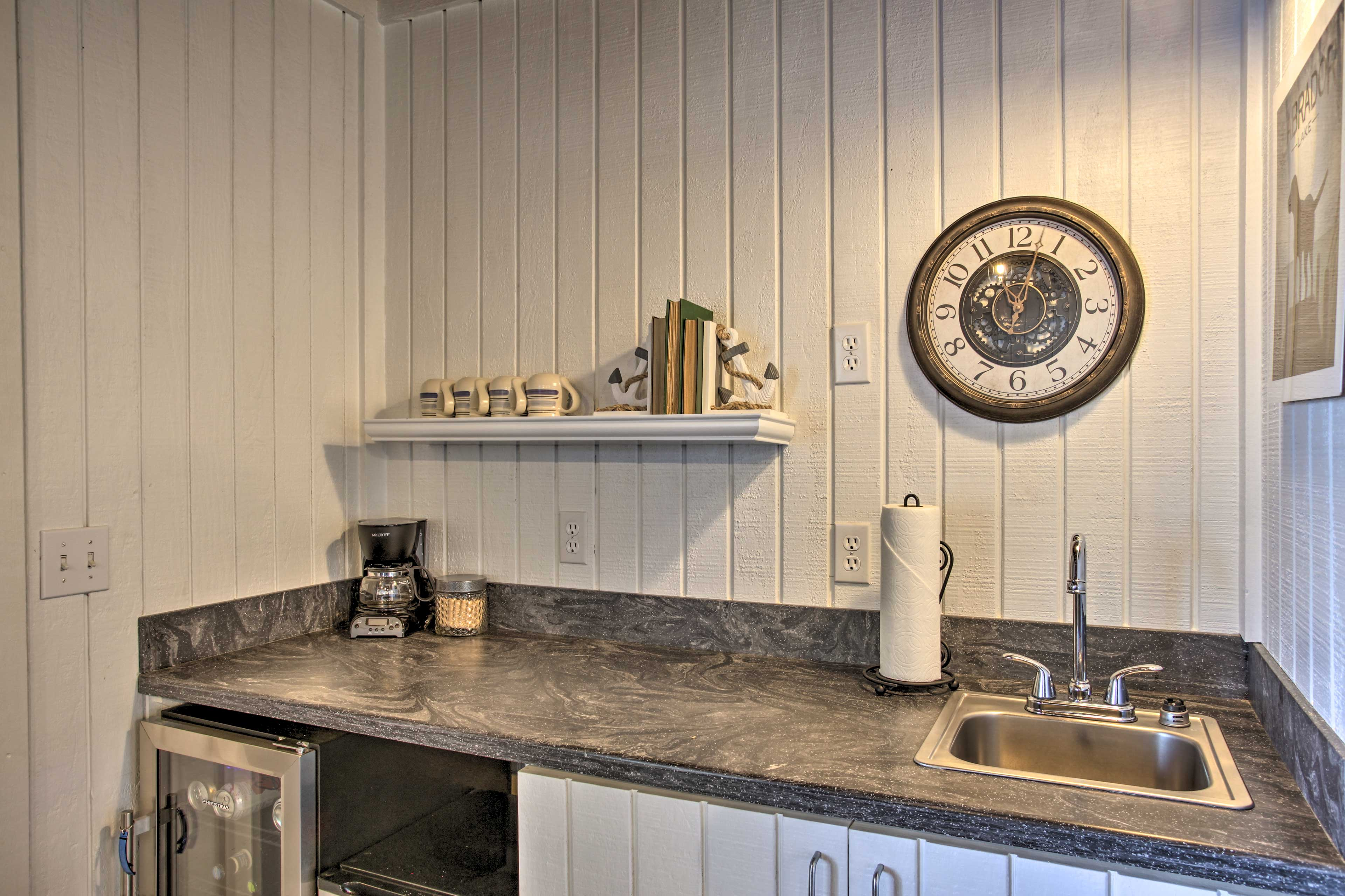 Whip up a round of cocktails at the wet bar!