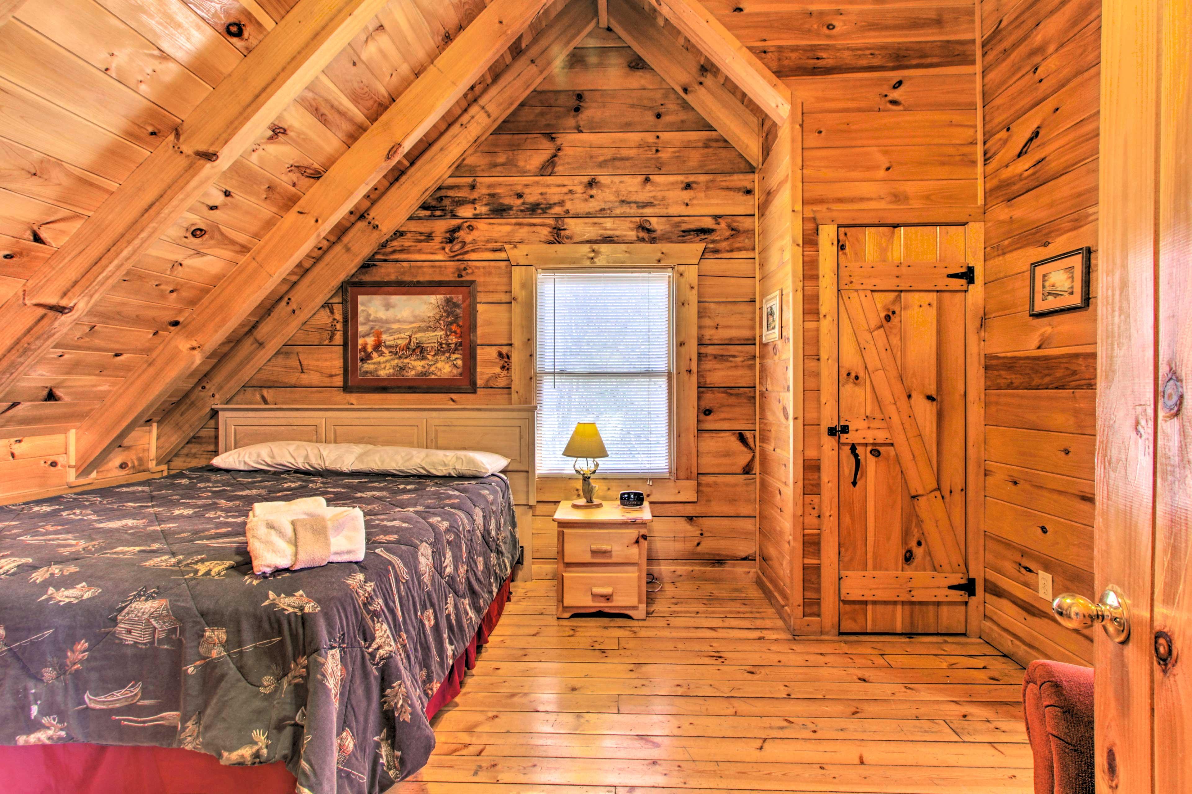 Bedroom 2 | King Bed | 2nd Story | En-Suite Bathroom