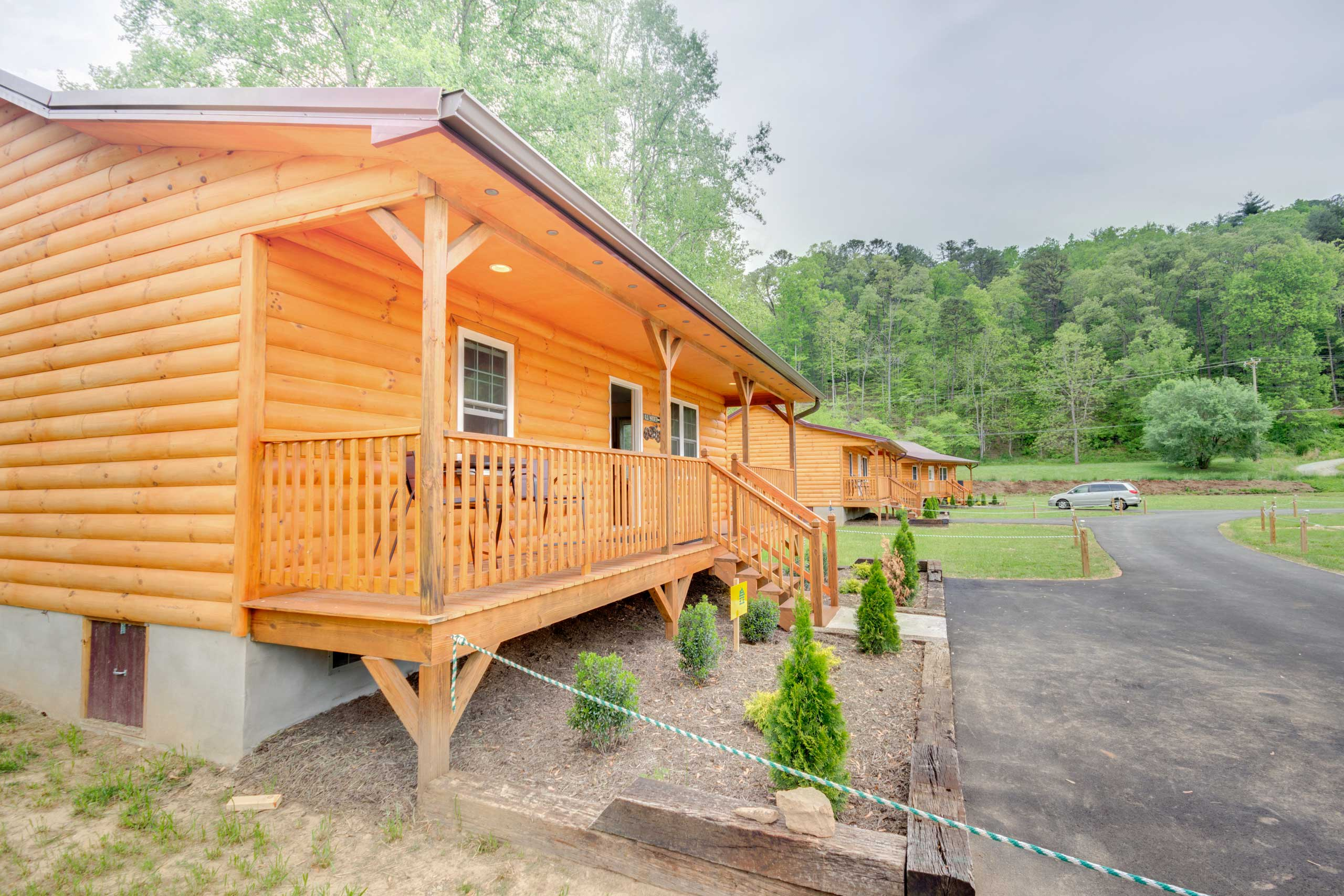 This charming cabin is ideally located for all of your outdoor activities.