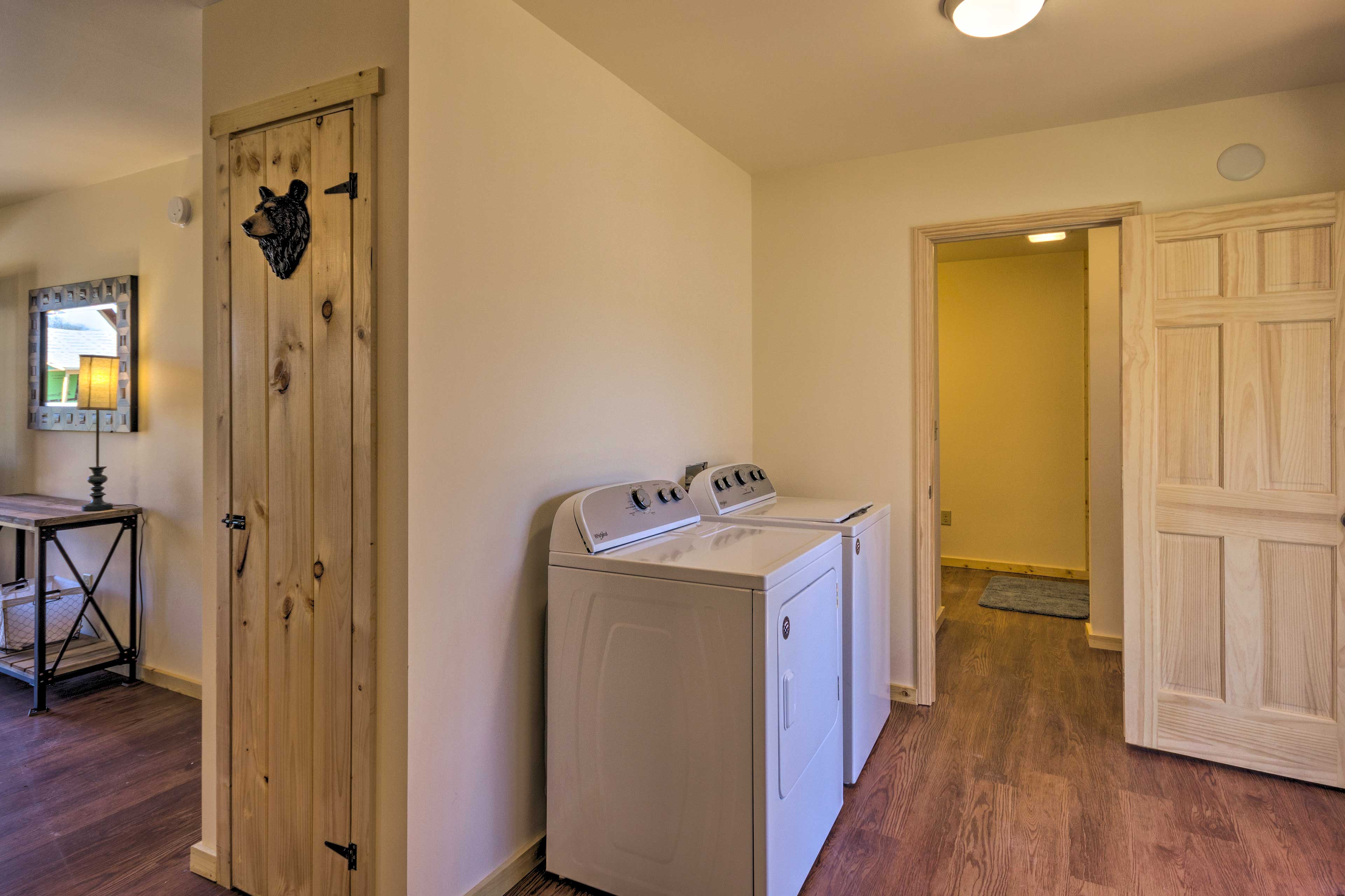 The cabin even boasts its own washer and dryer!