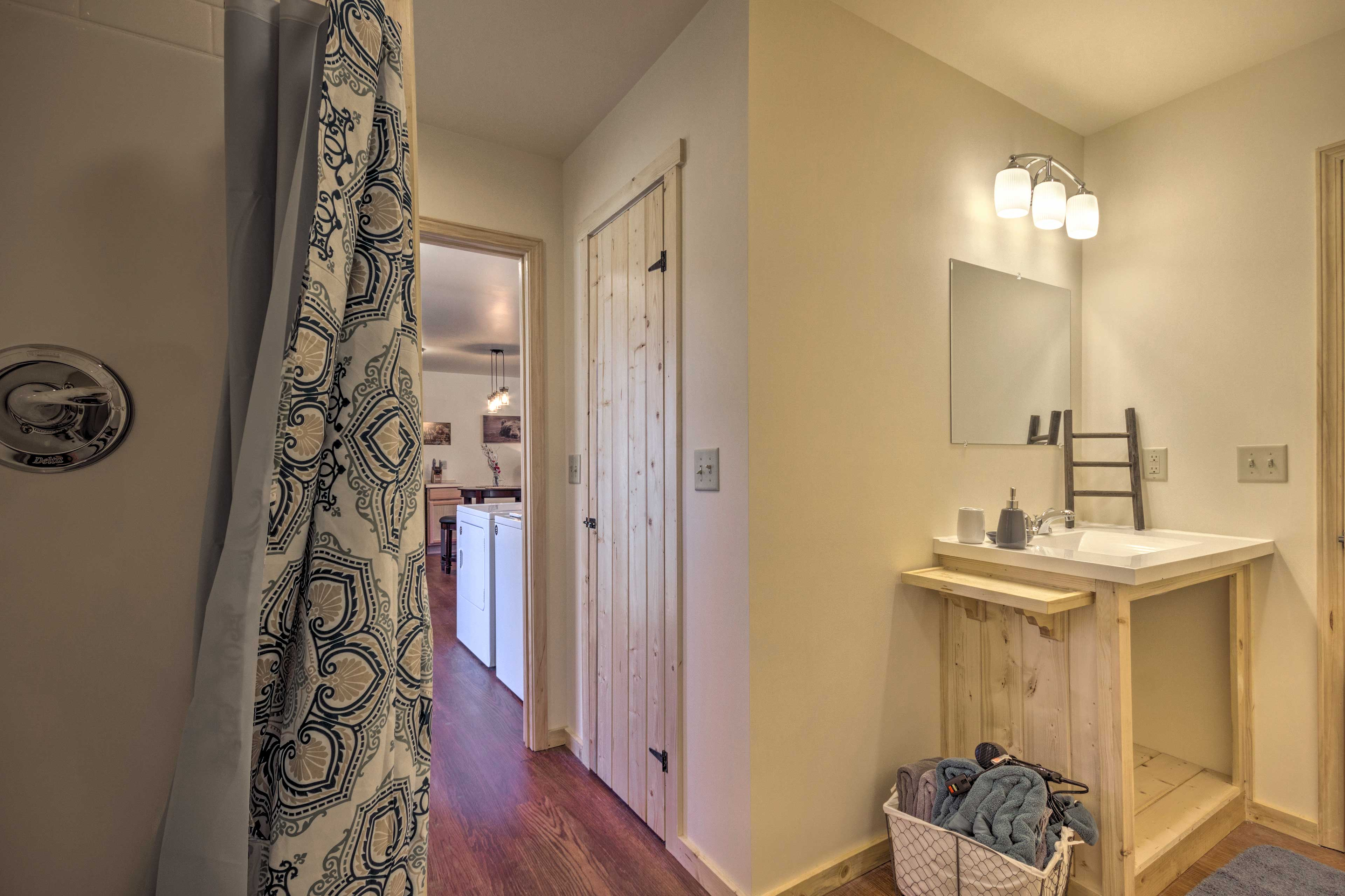Provided amenities include linens and towels!
