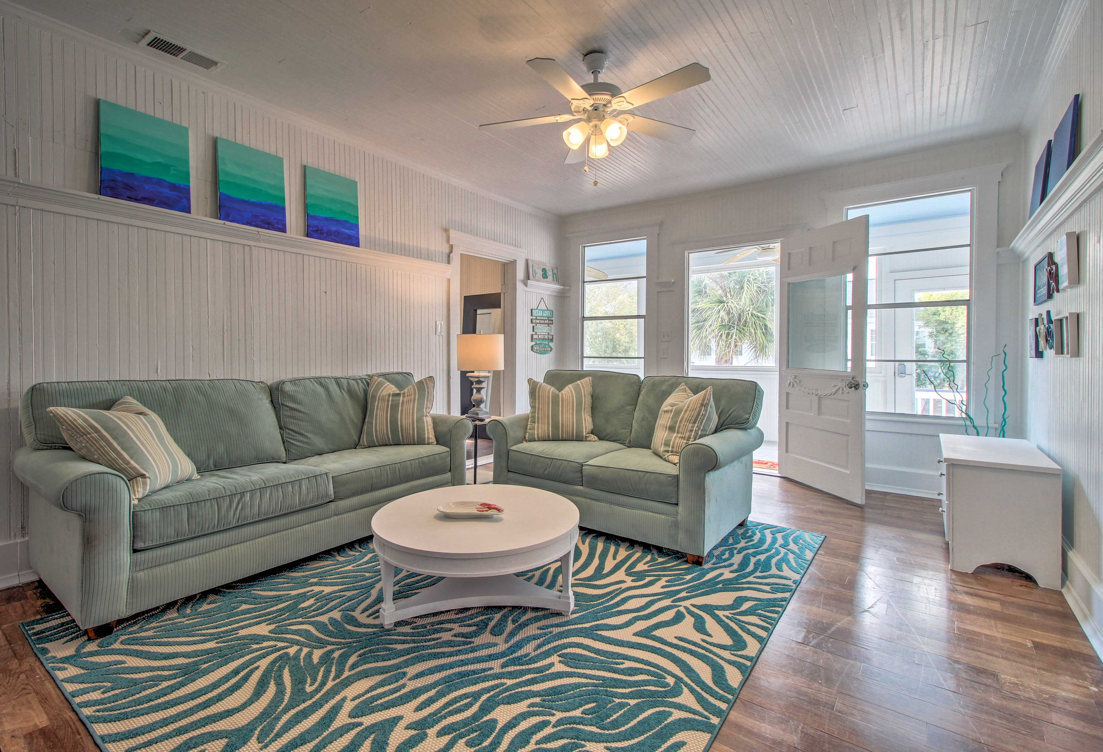 This charming Tybee Island vacation rental apartment awaits you!