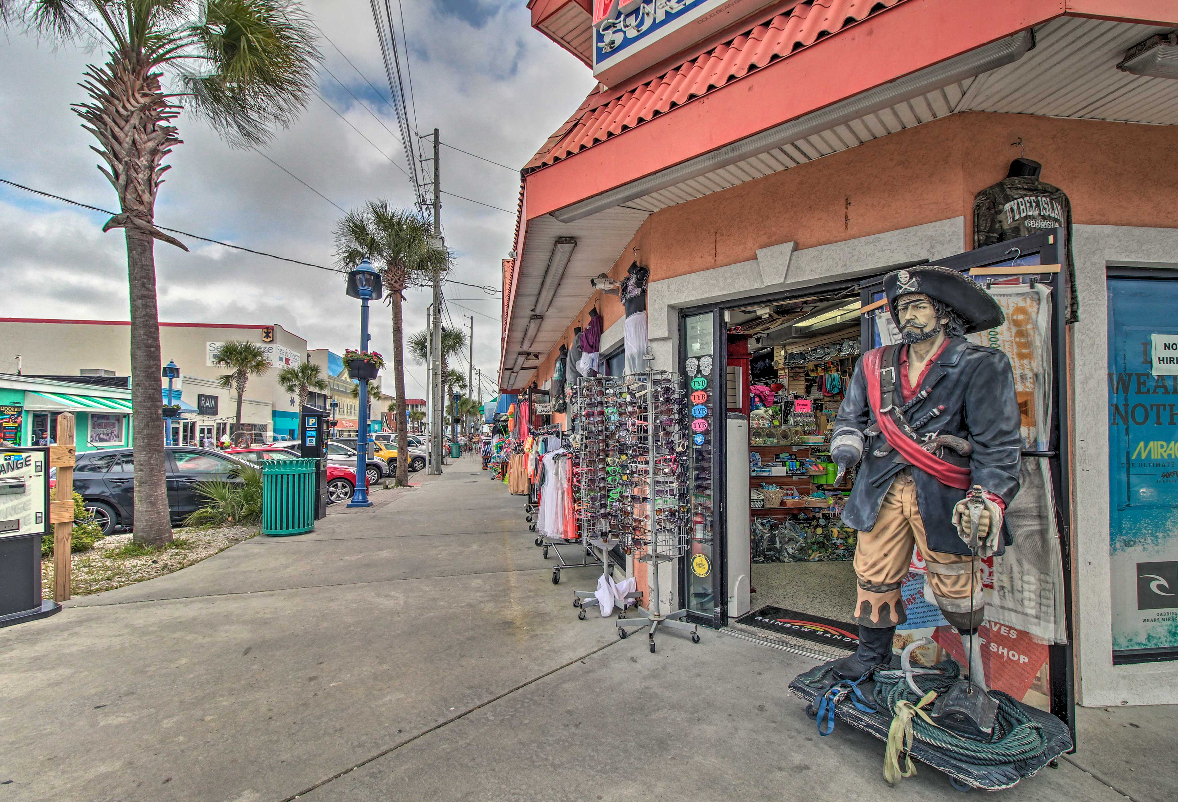 Walk to South Beach for shopping and dining.