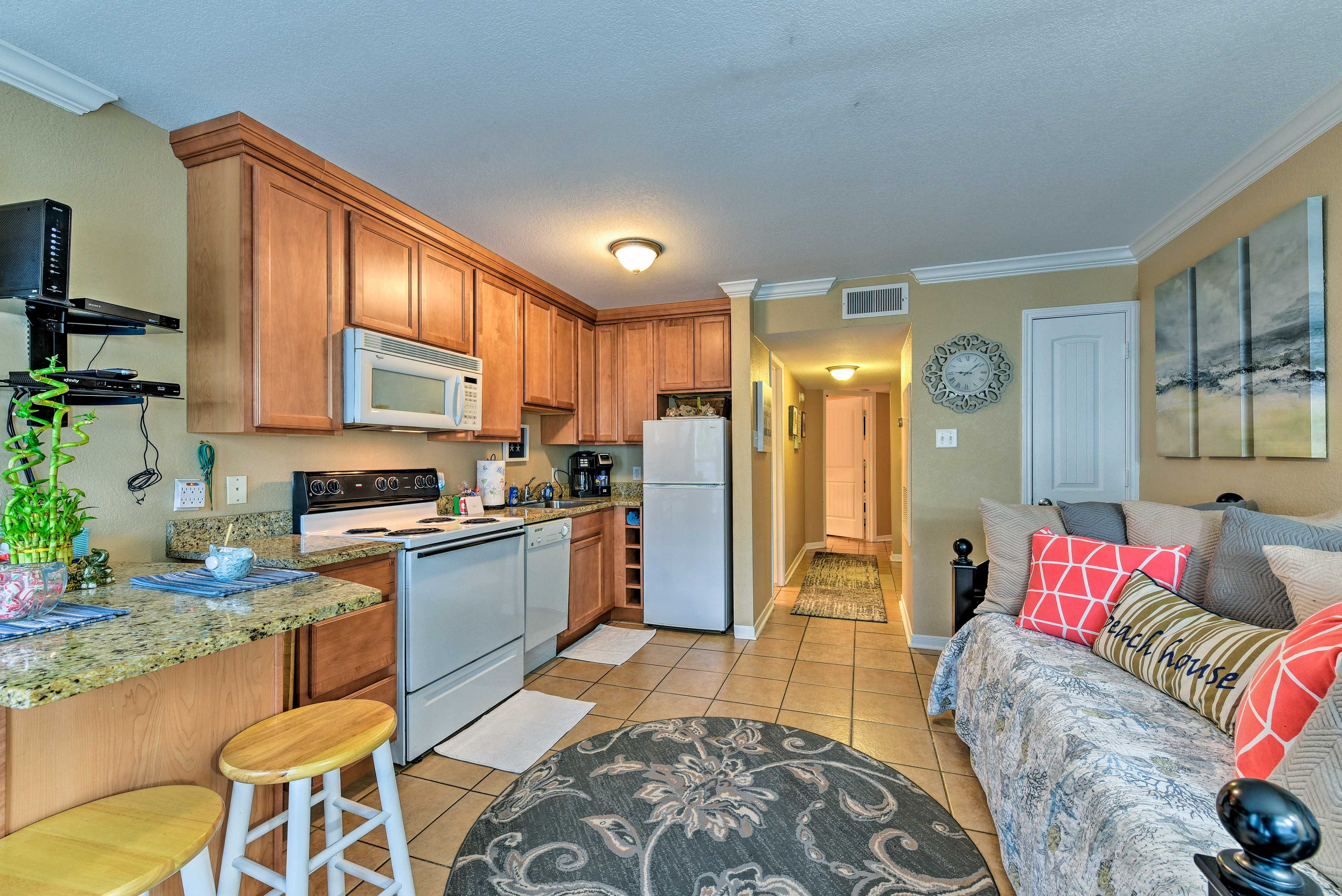 The condo easily hosts up to 6 guests between the sleeper sofa and hallway bunk.