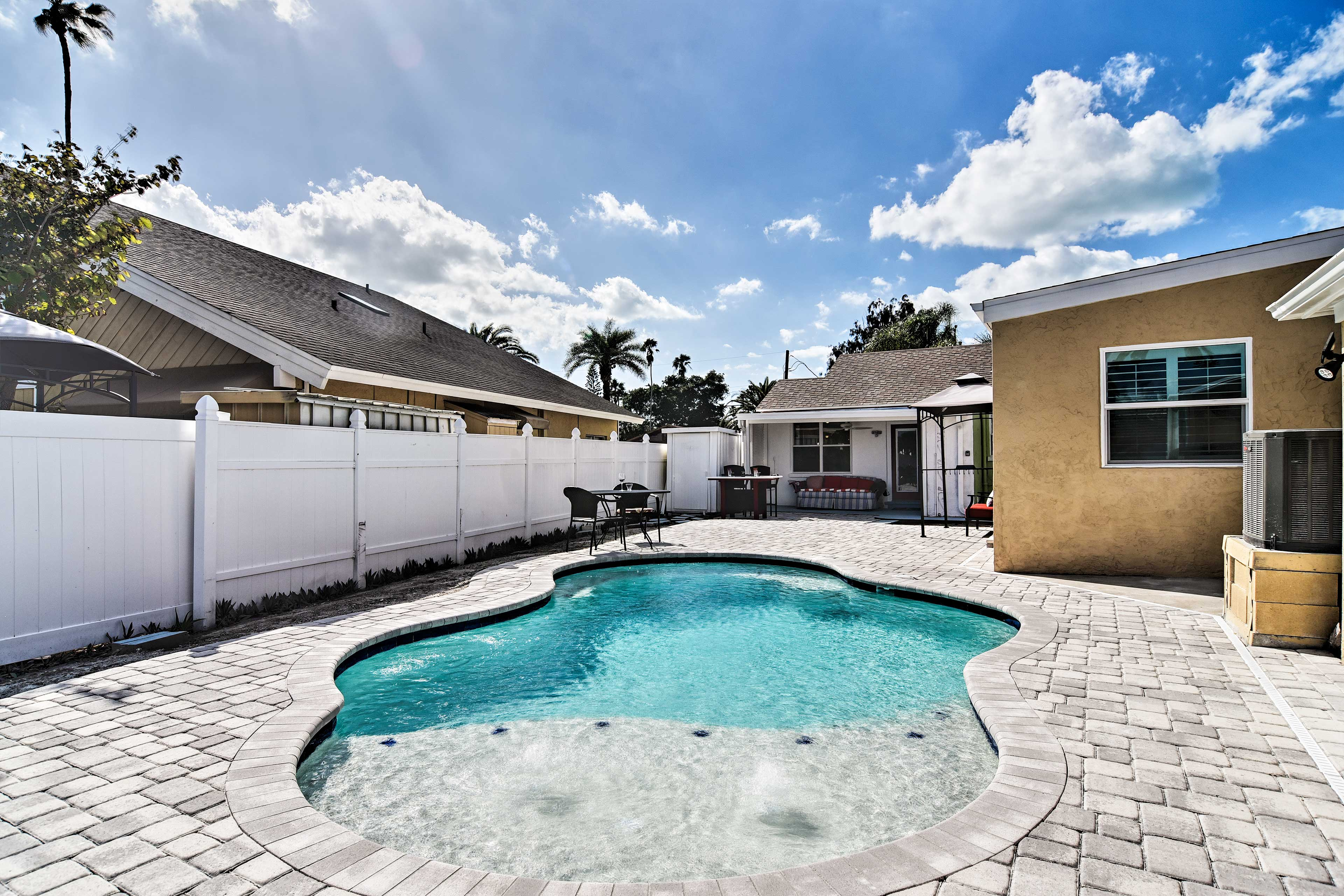 Exterior Space   New Pool