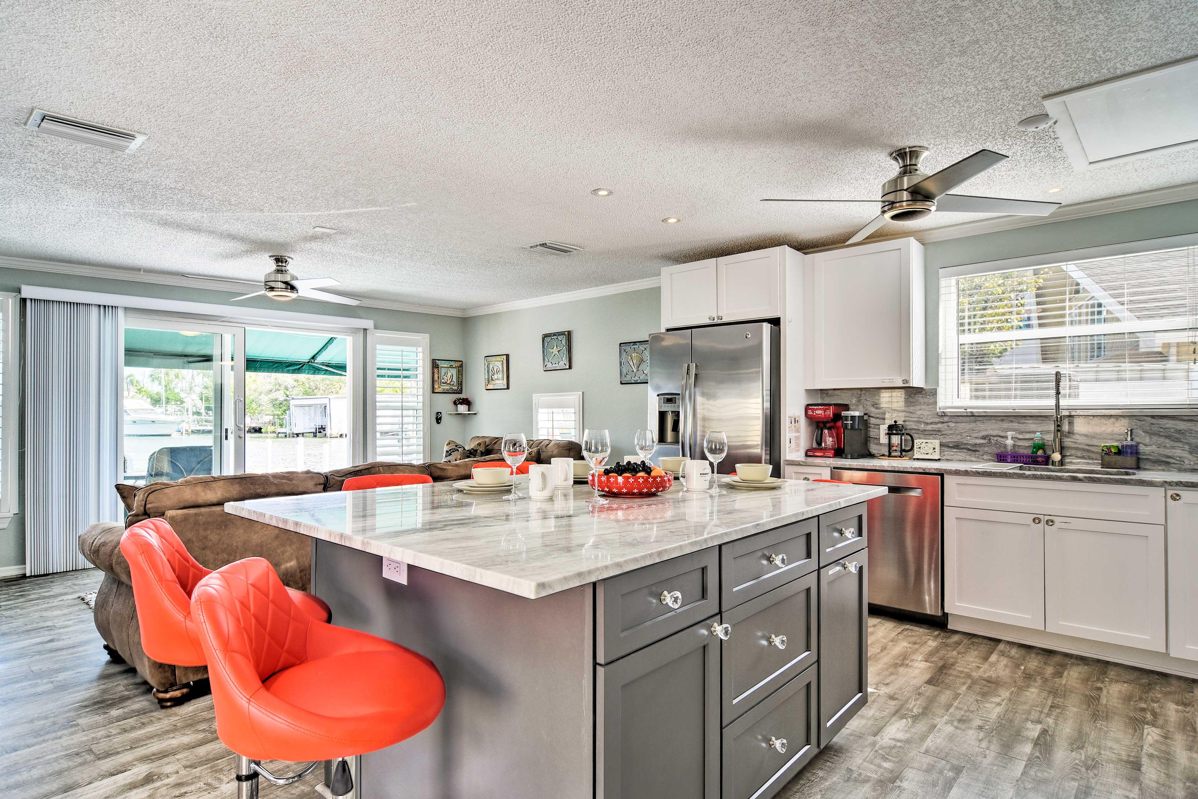 Kitchen   Dishware & Flatware
