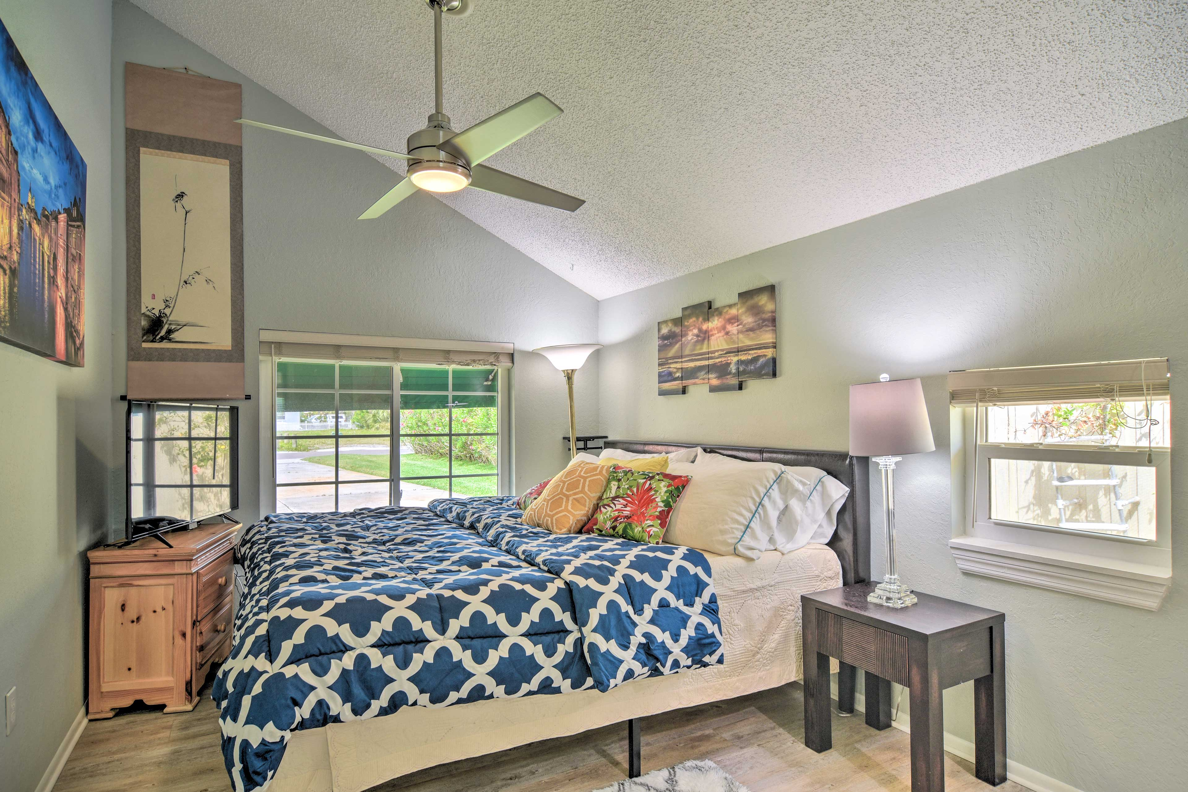 Bedroom 2   King Bed