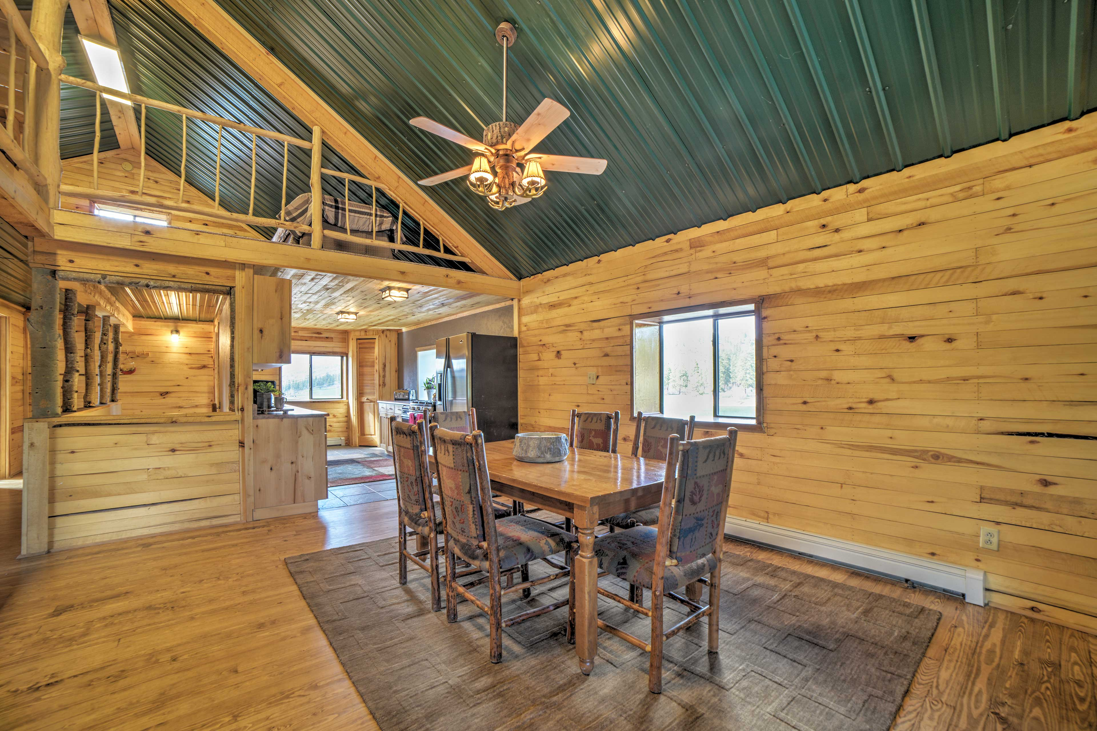 Living Room | Dining Table | Full Kitchen