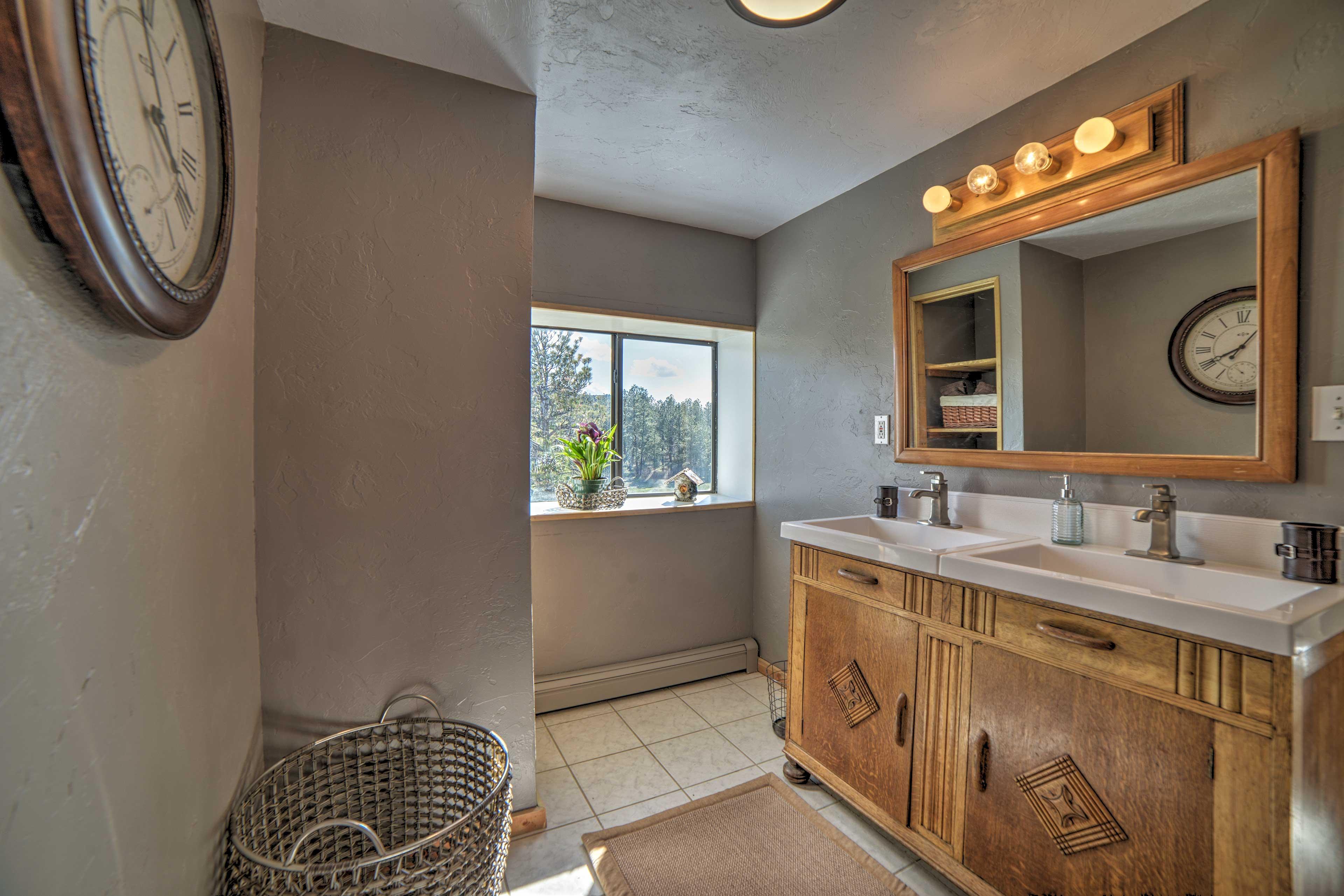 En-Suite Bathroom | Bedroom | Dual Sinks