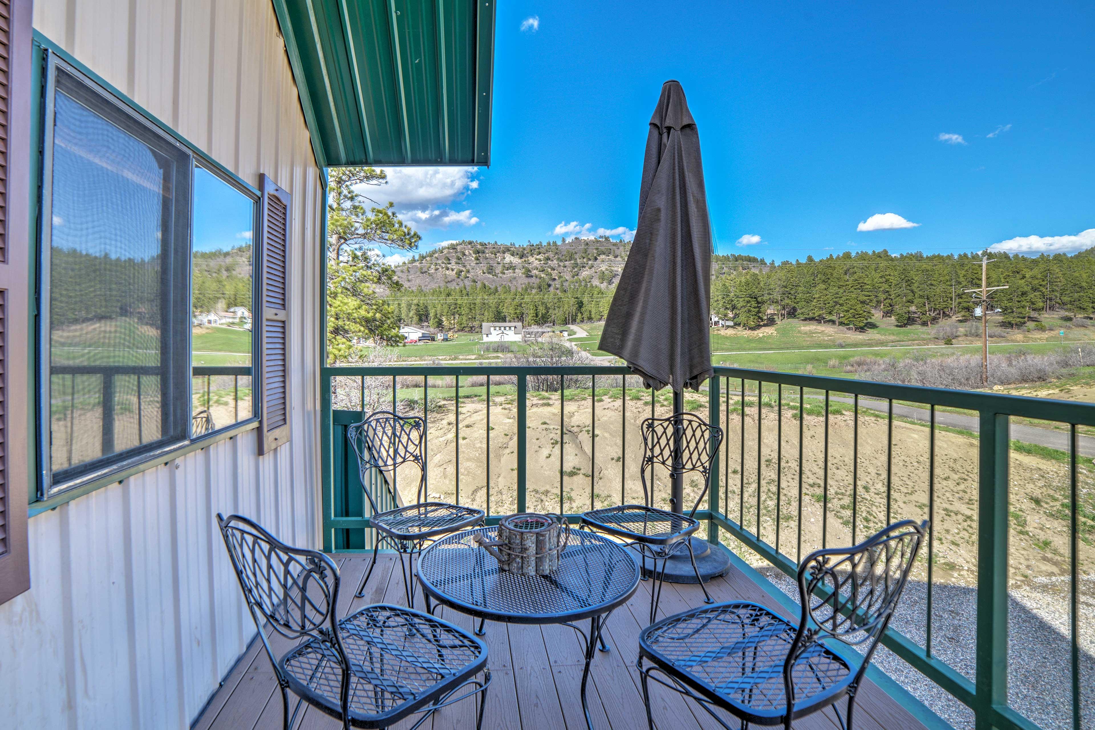 Balcony | Mountain Views | Outdoor Dining Table | Sun Umbrella