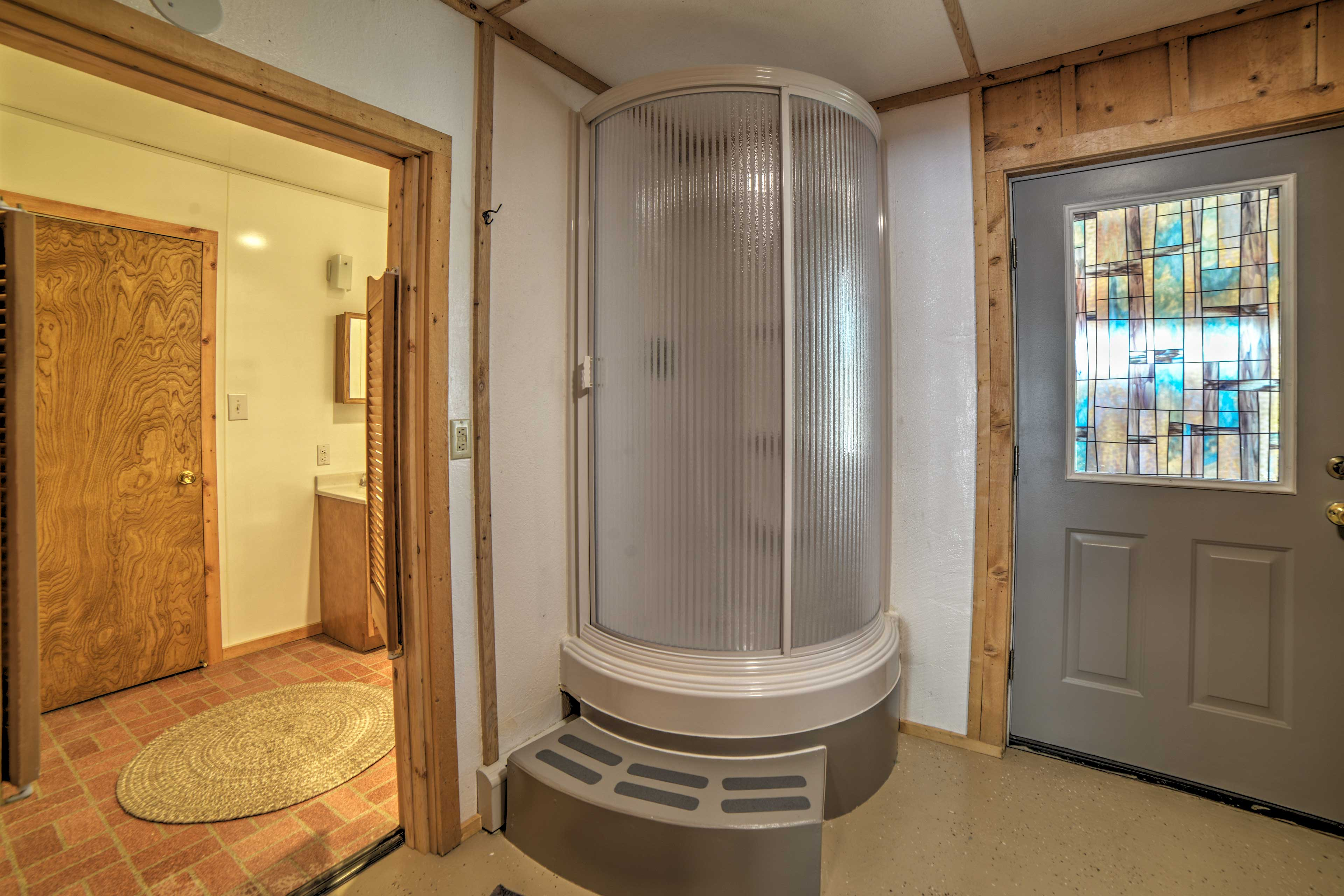 Second Bathroom | Complimentary Toiletries