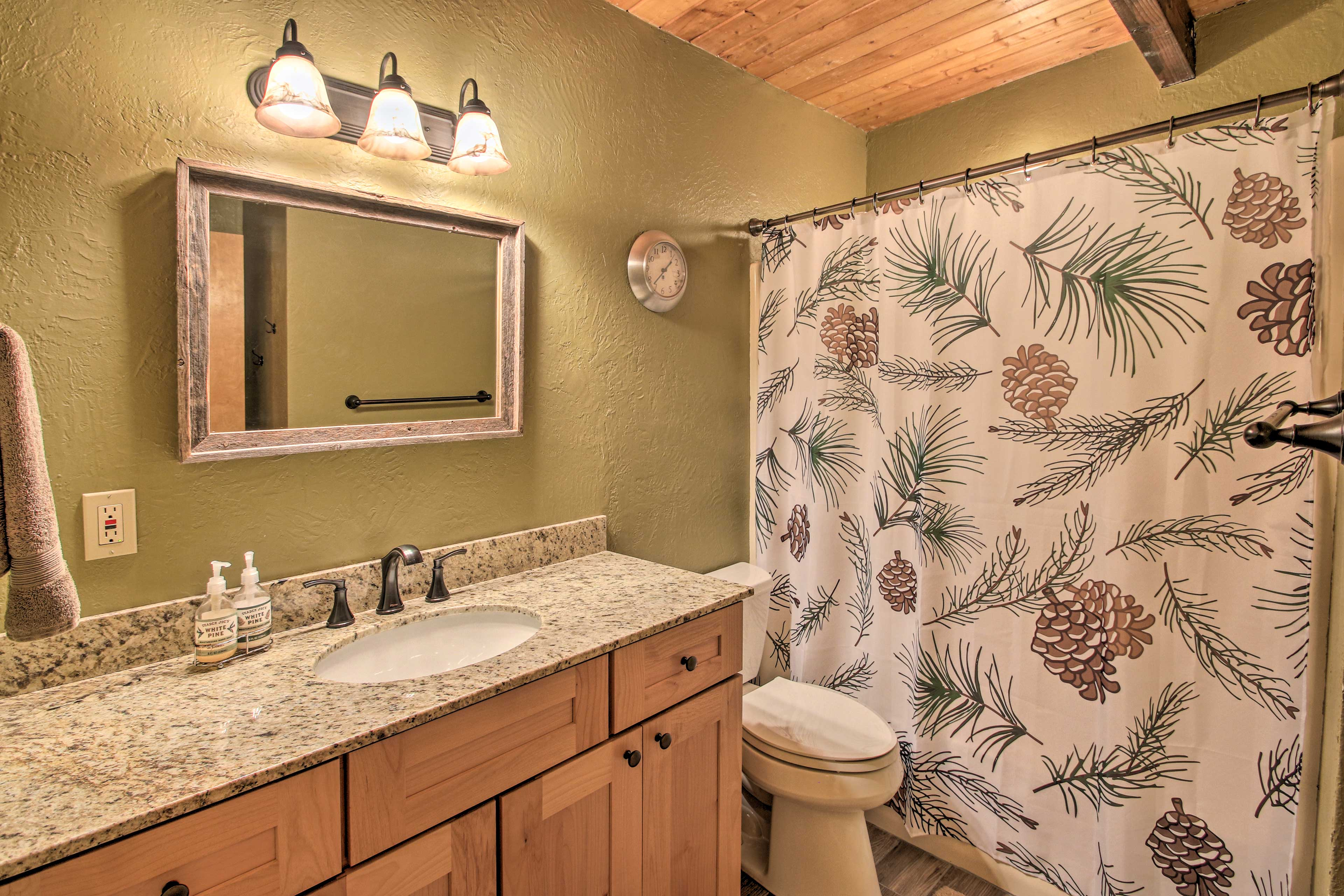 Both of the bathrooms were recently updated!