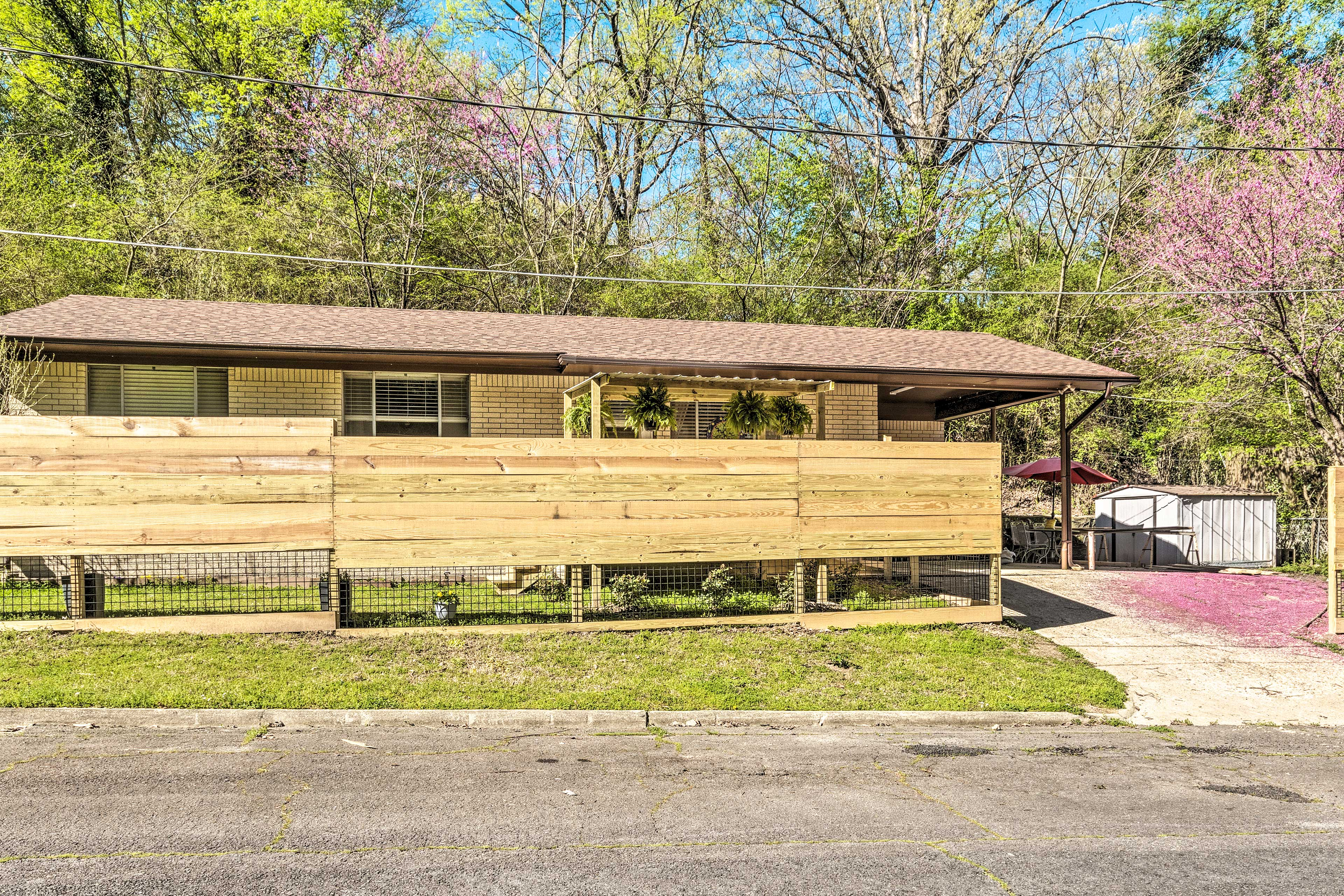 Located 1.5 miles from Hot Springs National Park, this home can't be beat!