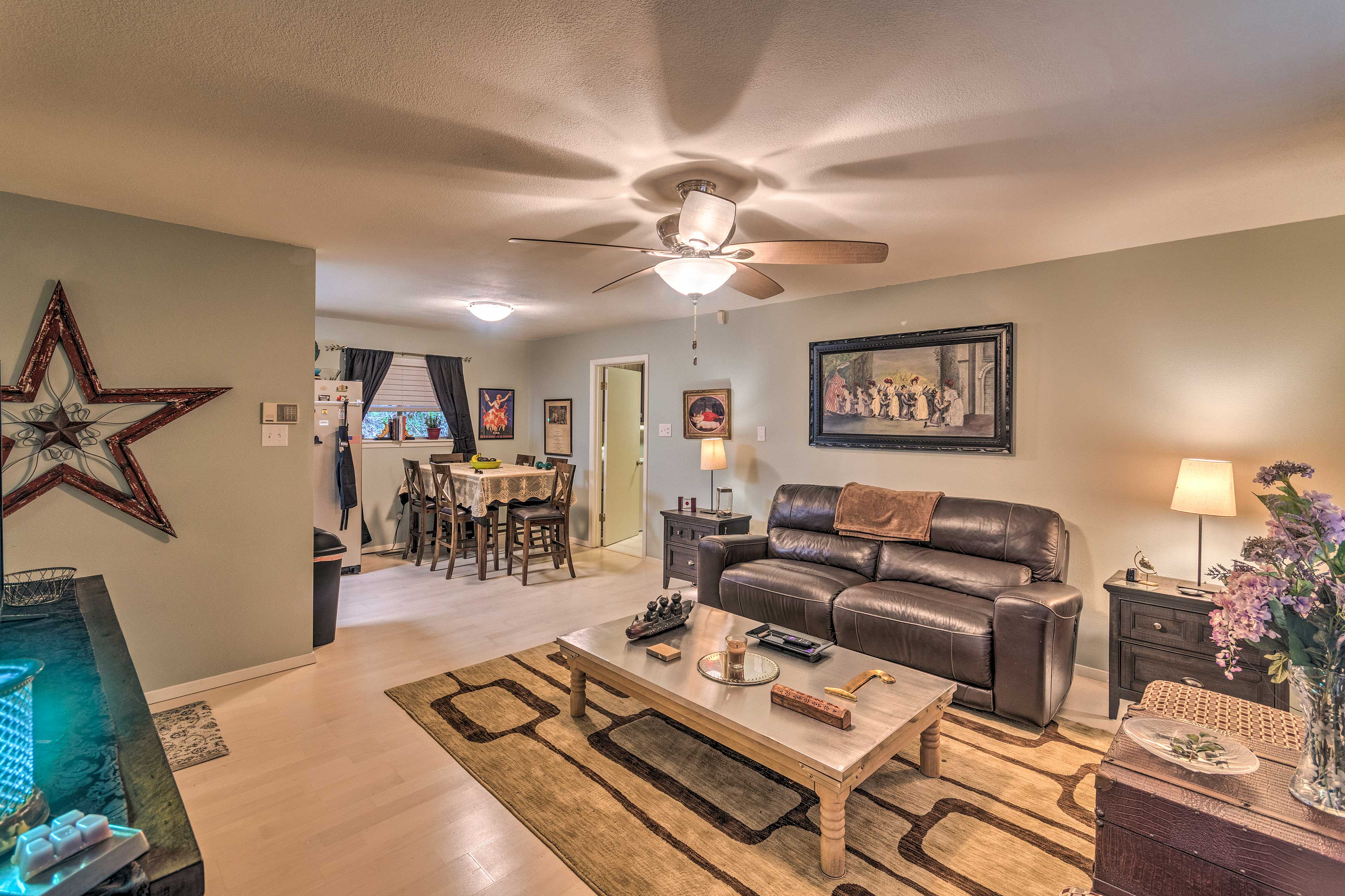 Book a trip to this 3-bedroom, 1-bathroom vacation rental home in Hot Springs.