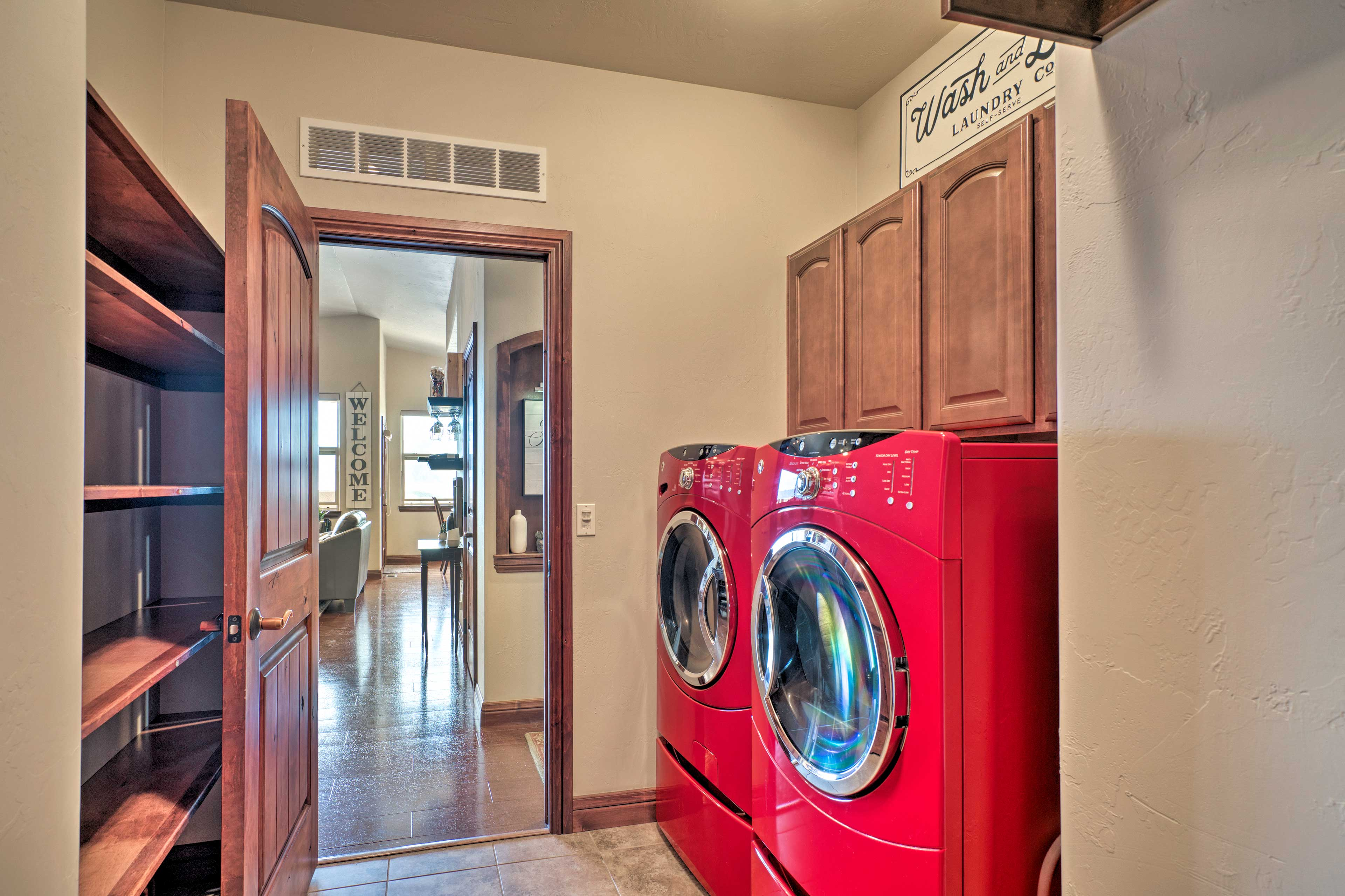 Toss your dirtied adventure clothes into the in-unit washer and dryer.